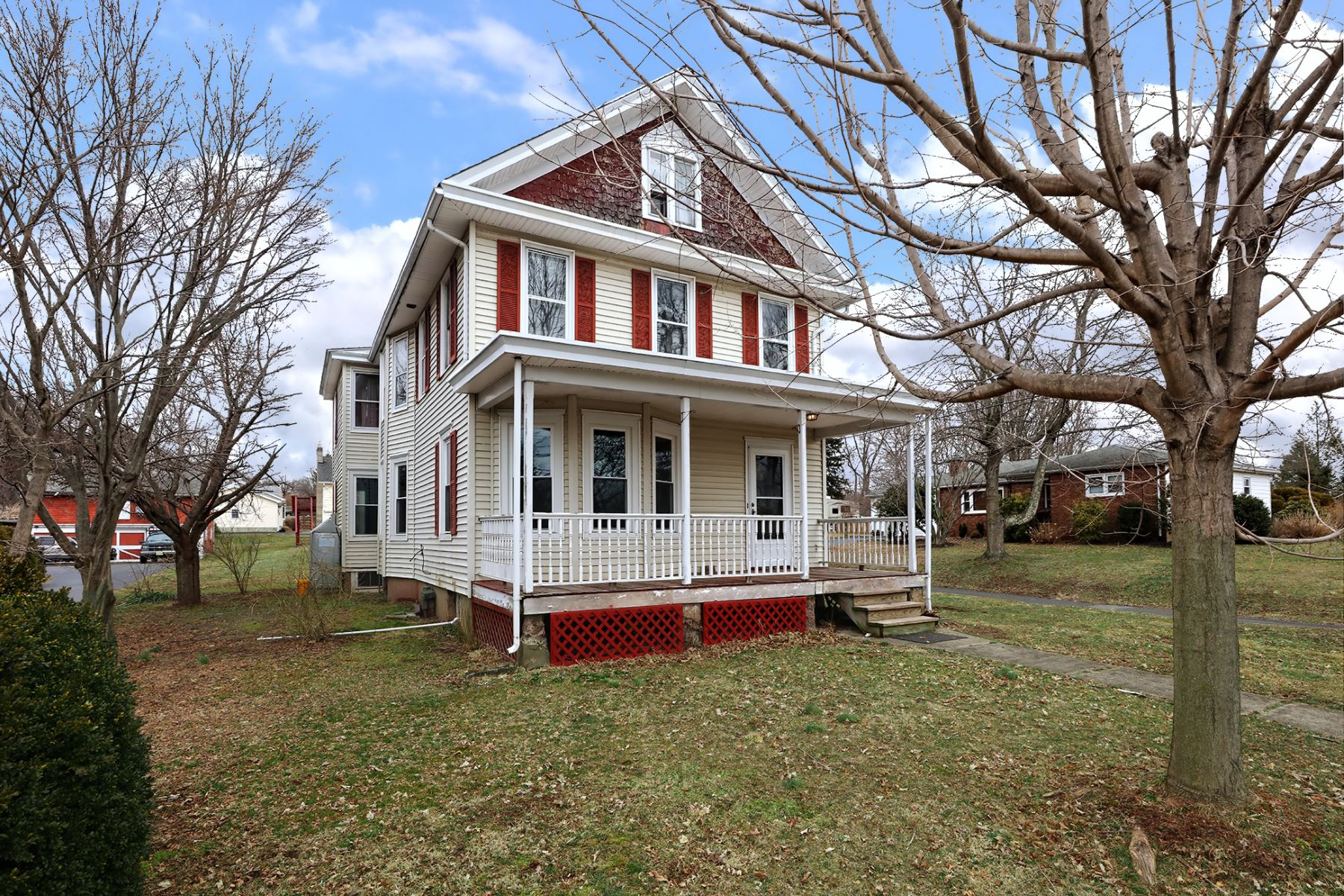 An In-town Gem With Beautiful Vintage Woodwork 540 Rosemont Ringoes Road, Stockton, Nova Jersey 08559 Estados Unidos