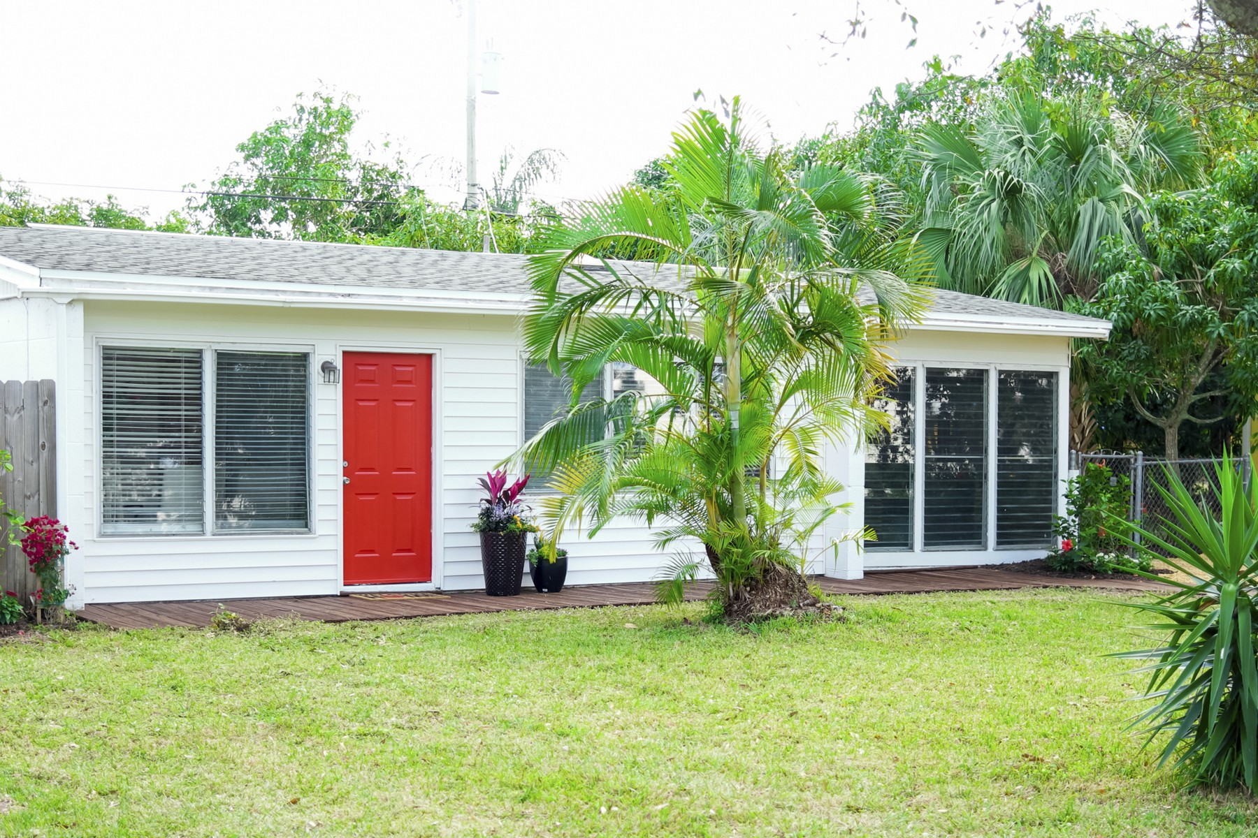 Single Family Home for Sale at Vintage Home Five Minutes to the Beach! 1360 4th Court Vero Beach, Florida 32960 United States