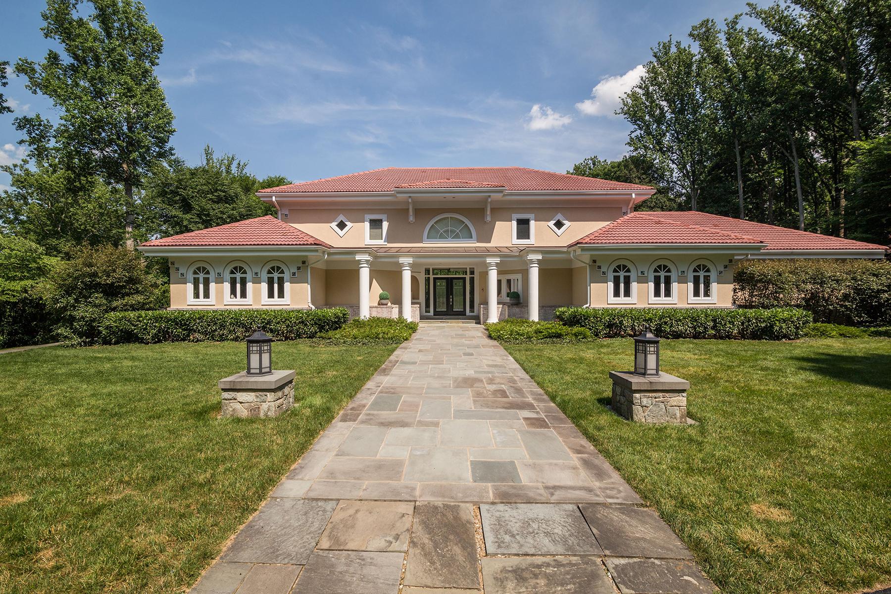 Villa per Vendita alle ore 8513 Horseshoe Lane, Potomac 8513 Horseshoe Ln Potomac, Maryland, 20854 Stati Uniti