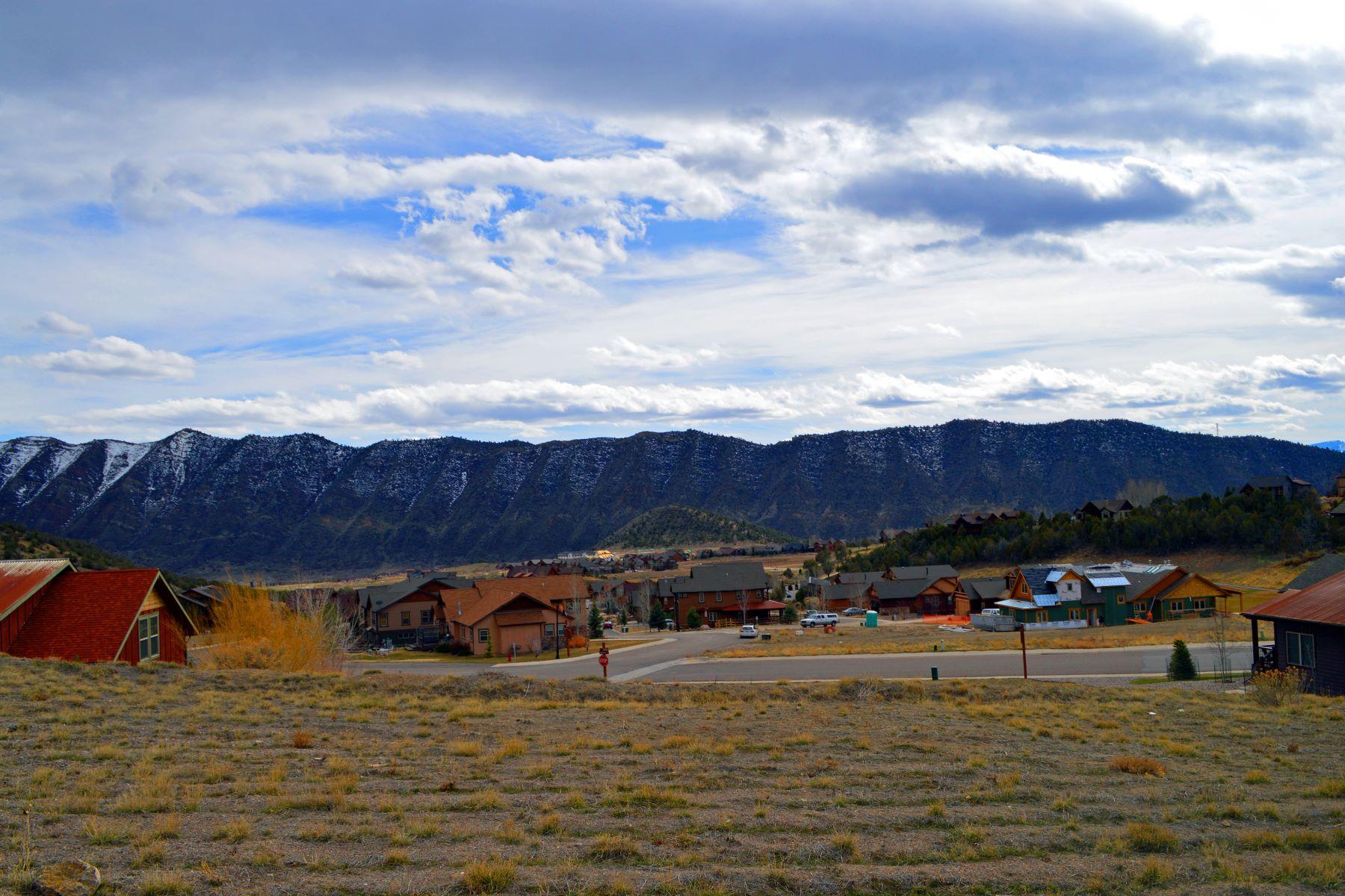 Terreno por un Venta en Build your dream home 14 Deer Valley Drive New Castle, Colorado 81647 Estados Unidos