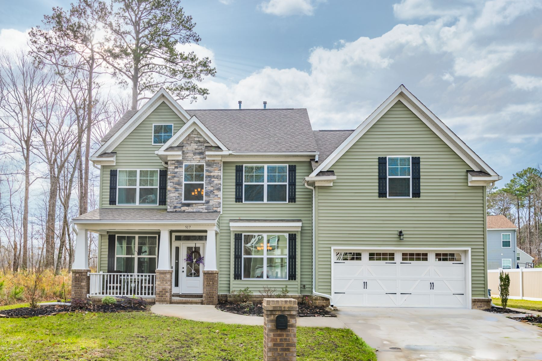 Single Family Homes for Active at ALBEMARLE RIVER 517 Taryn Ct Chesapeake, Virginia 23320 United States