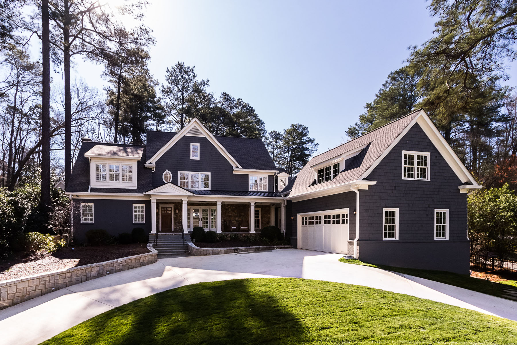 Maison unifamiliale pour l Vente à Stunning Renovation in Historic Brookhaven 975 Winall Down Road Atlanta, Georgia, 30319 États-Unis