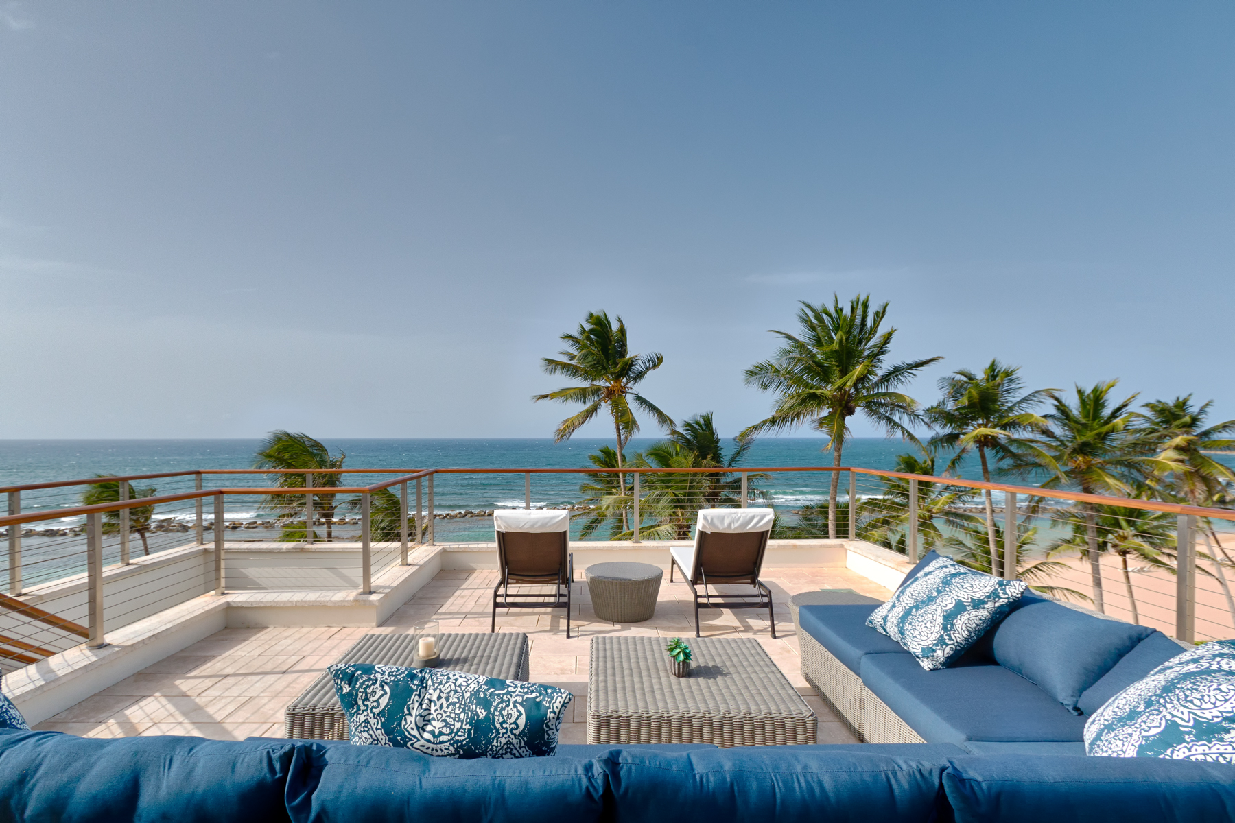 Кондоминиум для того Продажа на Branded Beachfront Penthouse 3641 200 Dorado Beach Drive Ritz Carlton Reserve Dorado Beach, 00646 Пуэрто-Рико