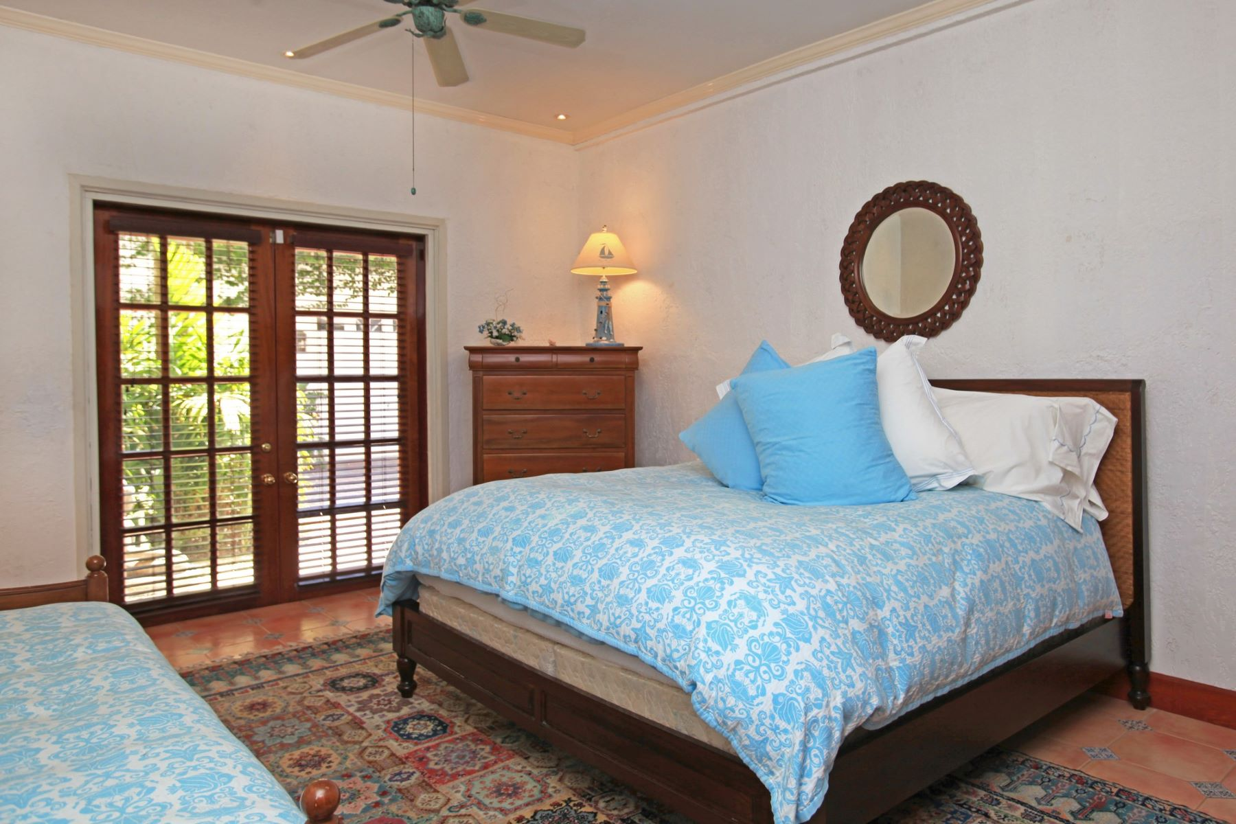 Additional photo for property listing at Bay Creek House Old Fort Bay, New Providence/Nassau Bahamas