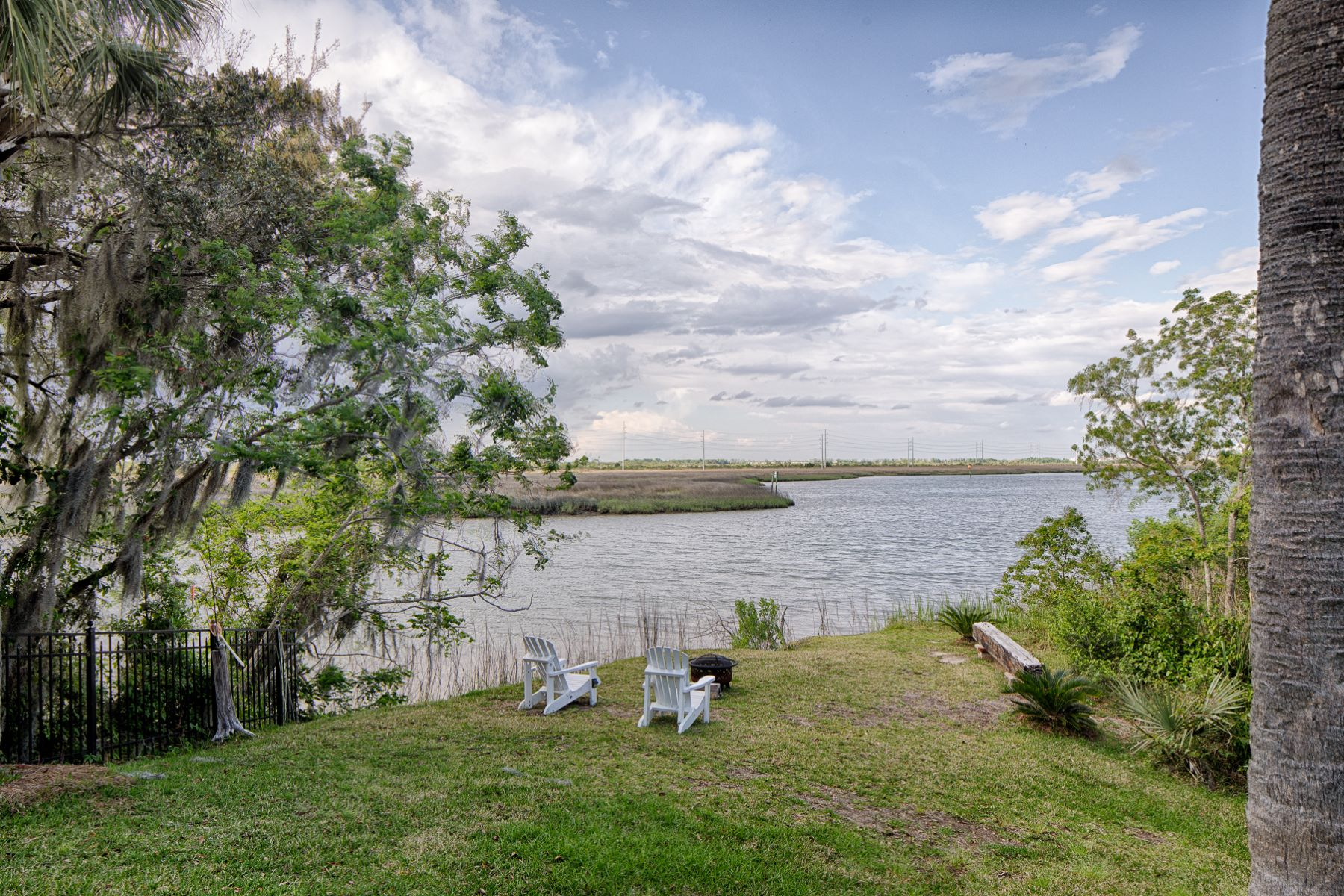 Additional photo for property listing at  Savannah, ジョージア 31404 アメリカ