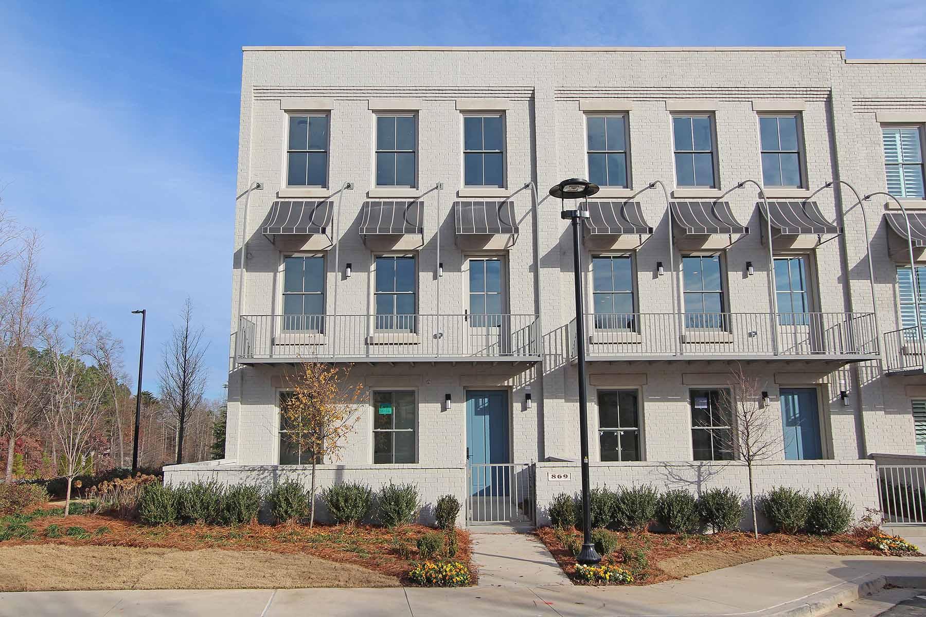 Nhà phố vì Bán tại Life Lived Well Starts Here at Avalon 869 3rd Street Alpharetta, Georgia, 30009 Hoa Kỳ