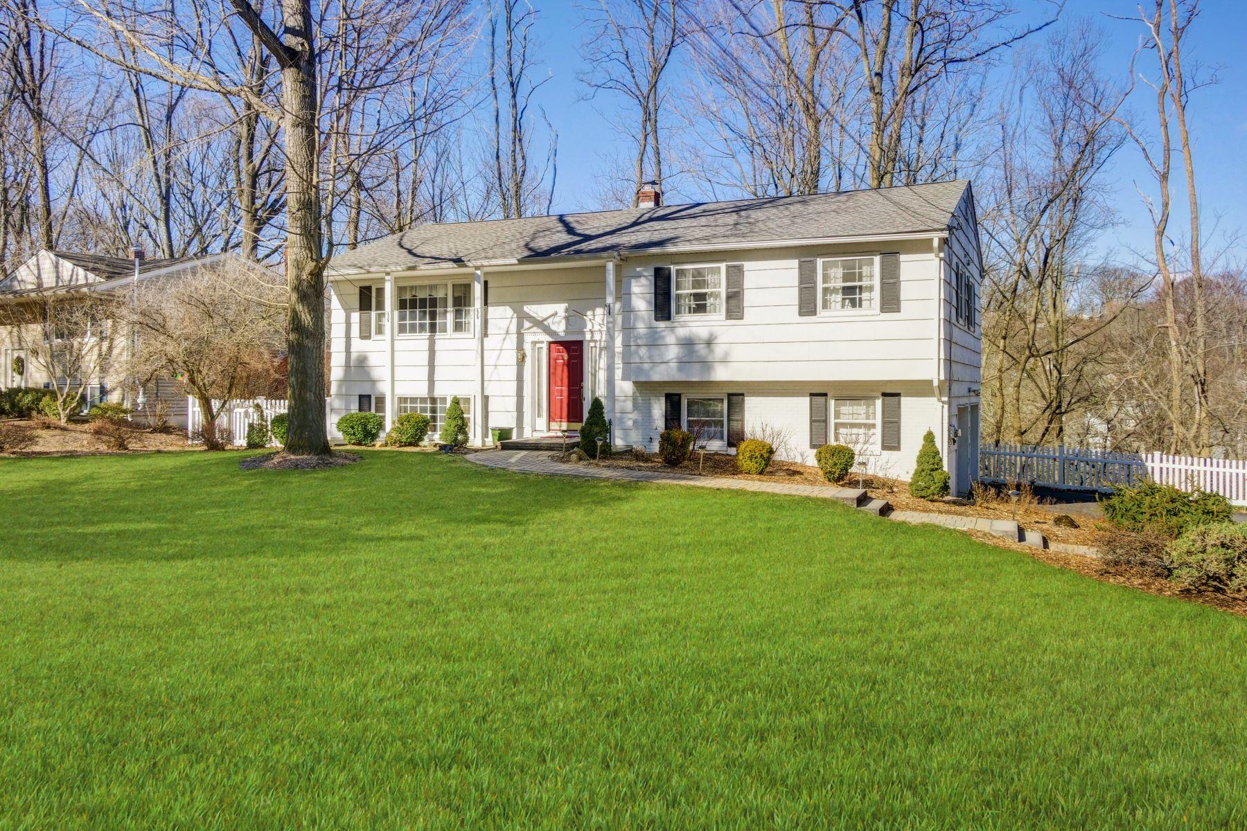 Single Family Homes por un Venta en Desirable Neighborhood 36 Molly Stark Drive Morris Township, Nueva Jersey 07960 Estados Unidos
