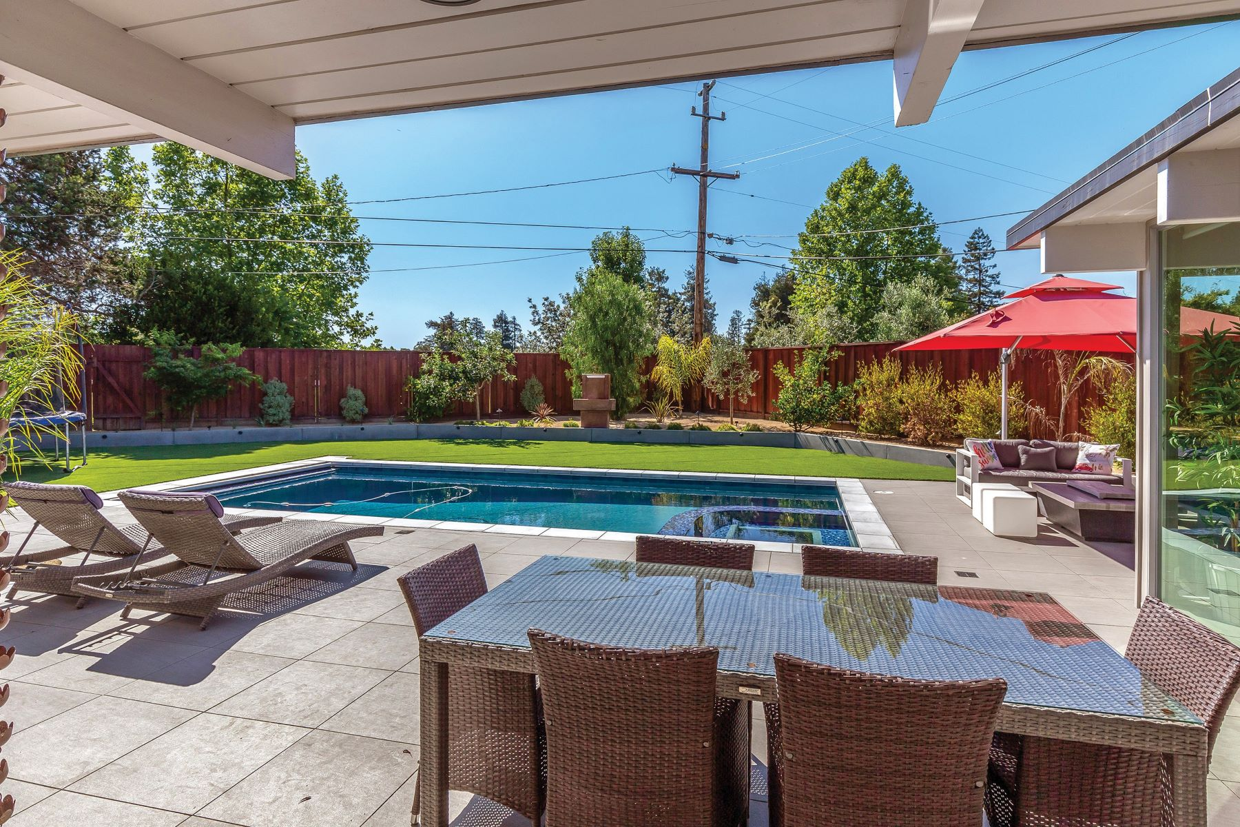 Single Family Homes for Sale at Stunning Sunnyvale Eichler! 975 Susquehanna Court Sunnyvale, California 94087 United States