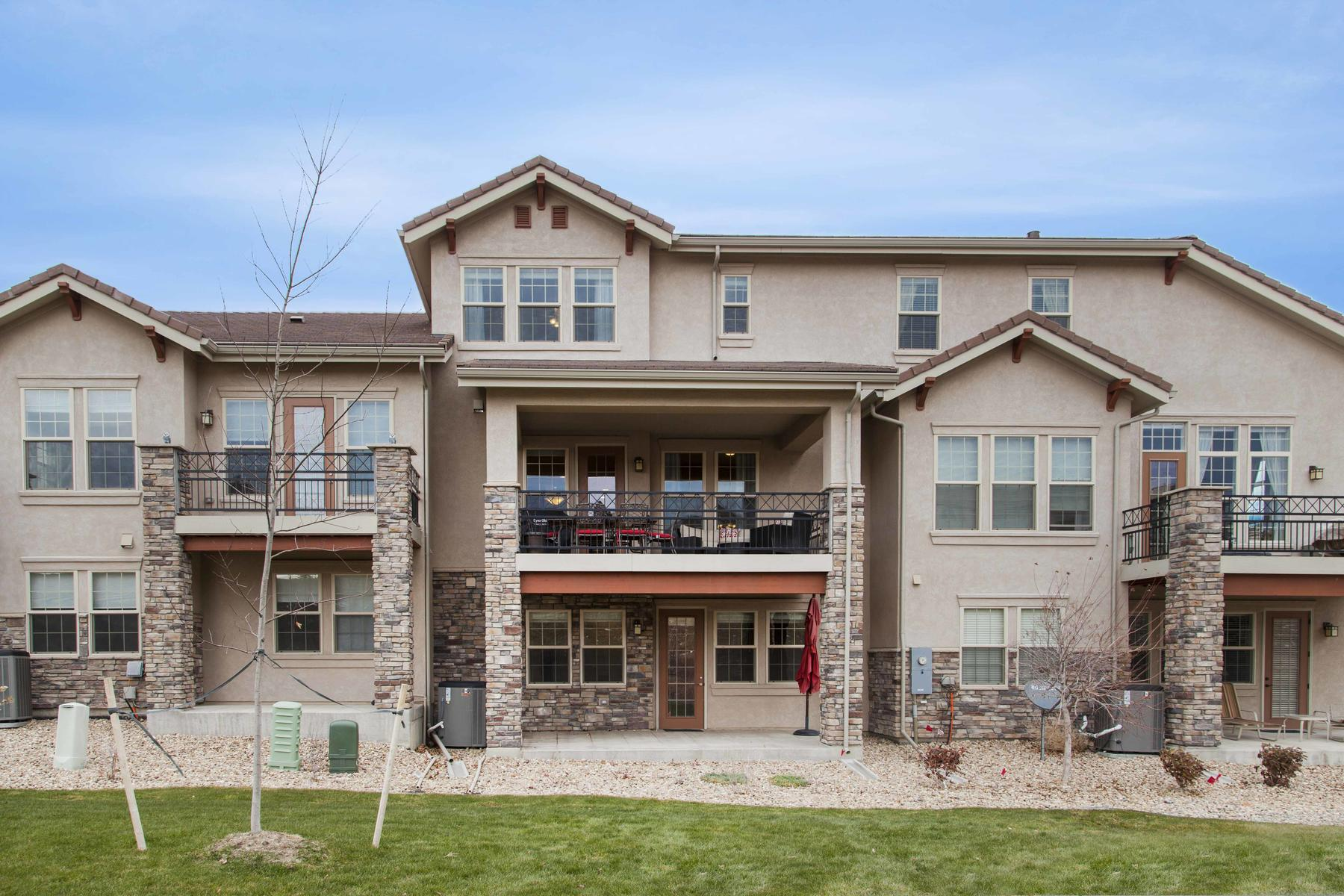 Additional photo for property listing at WOW~VIEWS BACKING UP TO OPEN SPACE! 2982 Casalon Cir Superior, Colorado 80027 United States