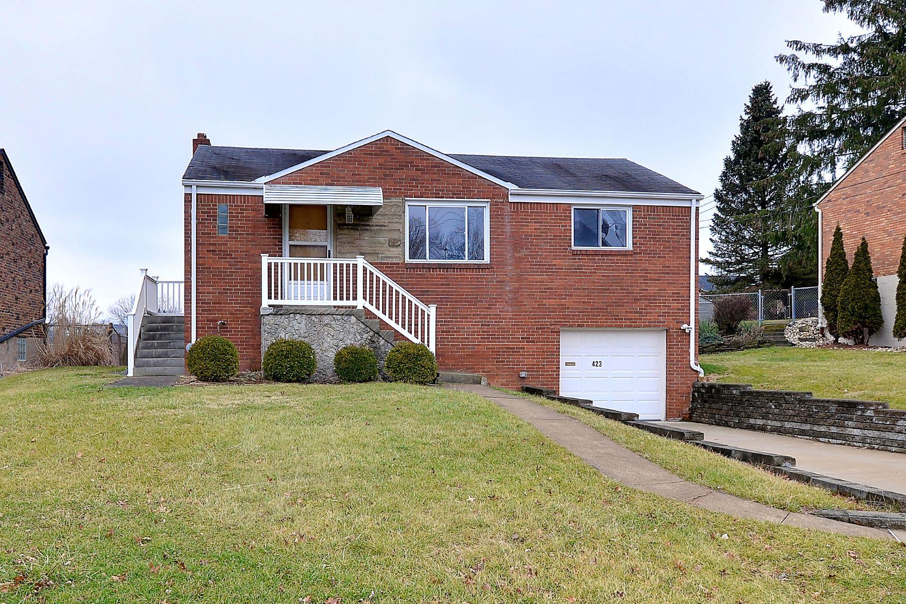 Single Family Homes por un Venta en 423 Lois Drive Baldwin Township, Pennsylvania 15236 Estados Unidos