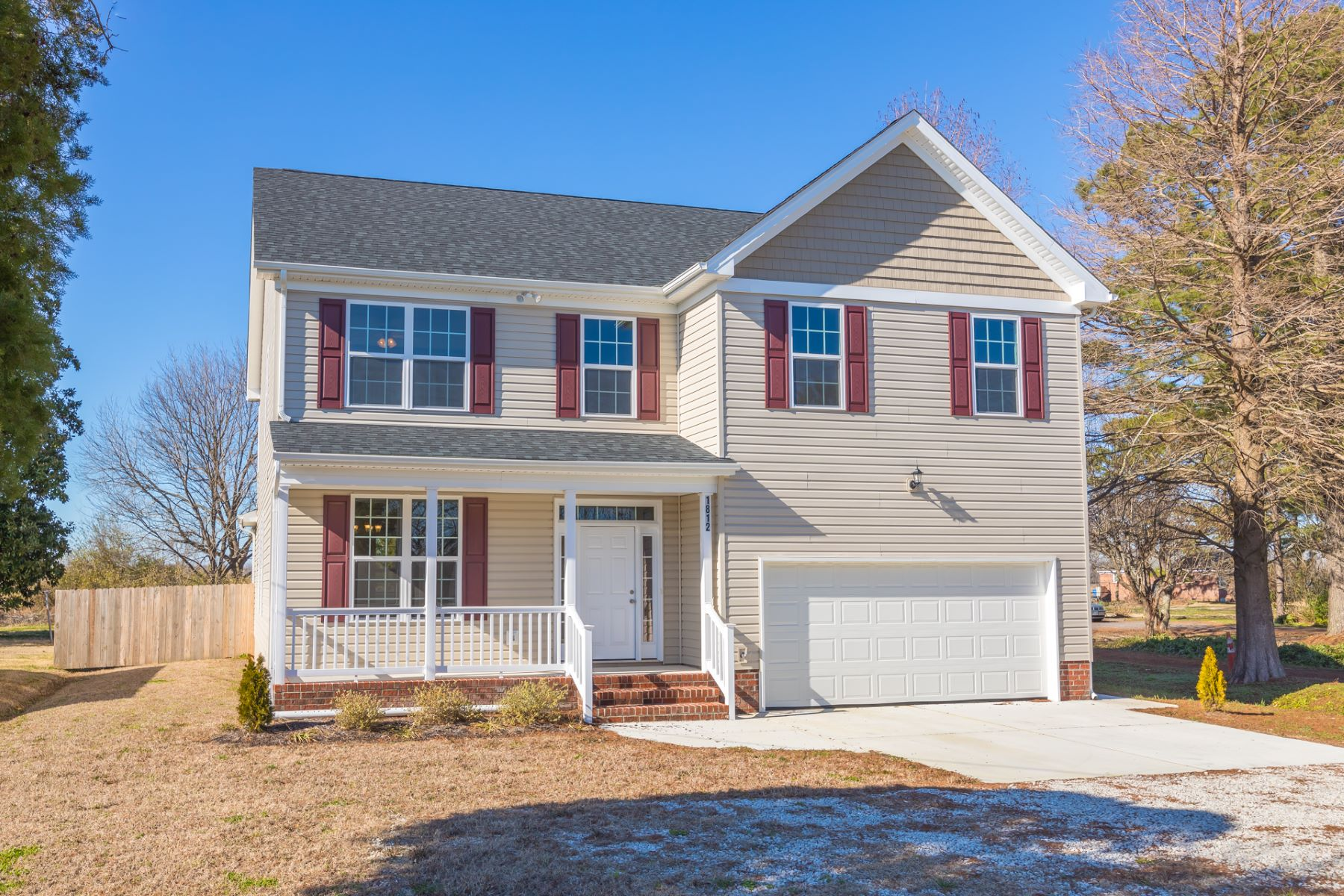 Single Family Homes for Sale at Hickory 1812 Long Ridge Road Chesapeake, Virginia 23322 United States