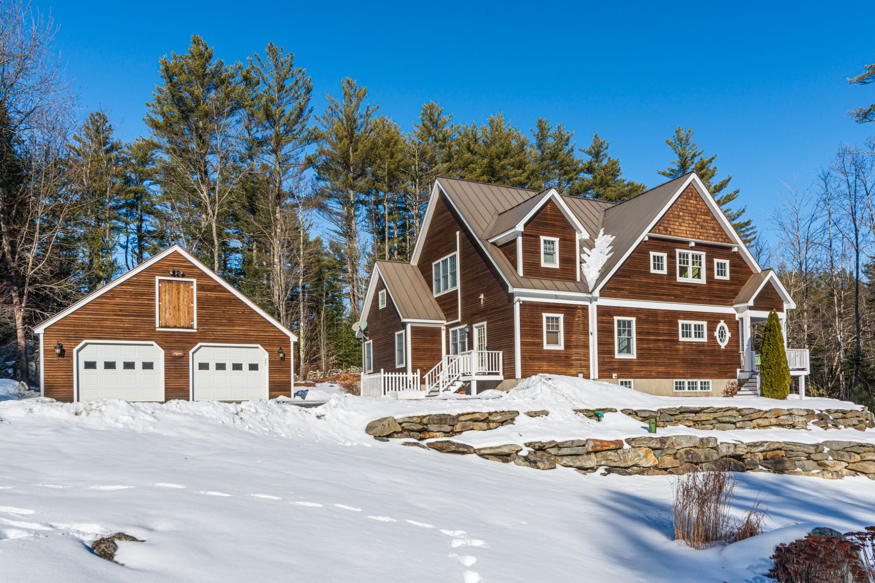 Single Family Homes for Sale at 30 Fieldstone Way, Londonderry 30 Fieldstone Way Londonderry, Vermont 05155 United States