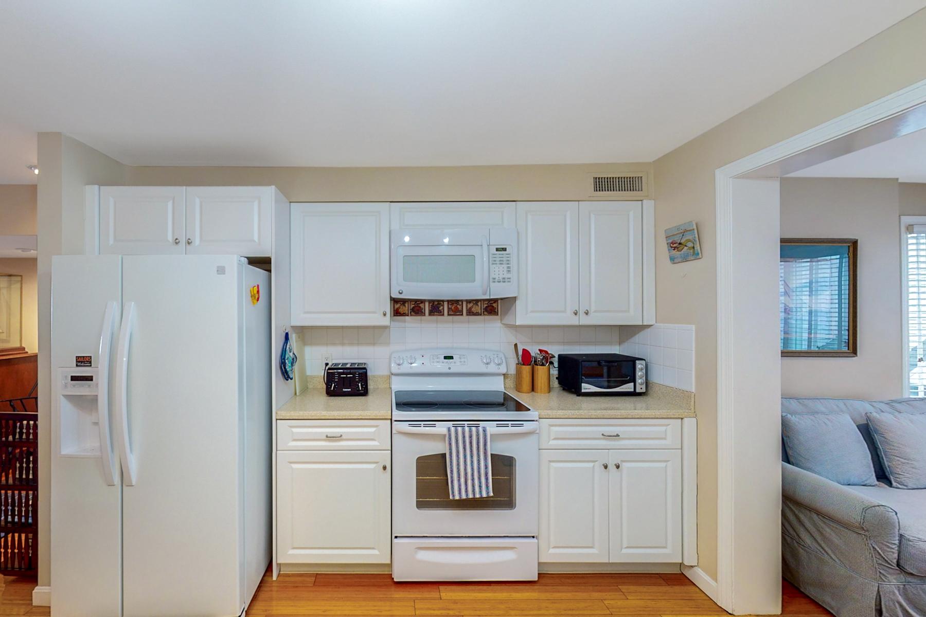 Additional photo for property listing at Coddington Landing 31 Coddington Wharf, 7 Newport, Rhode Island 02840 United States