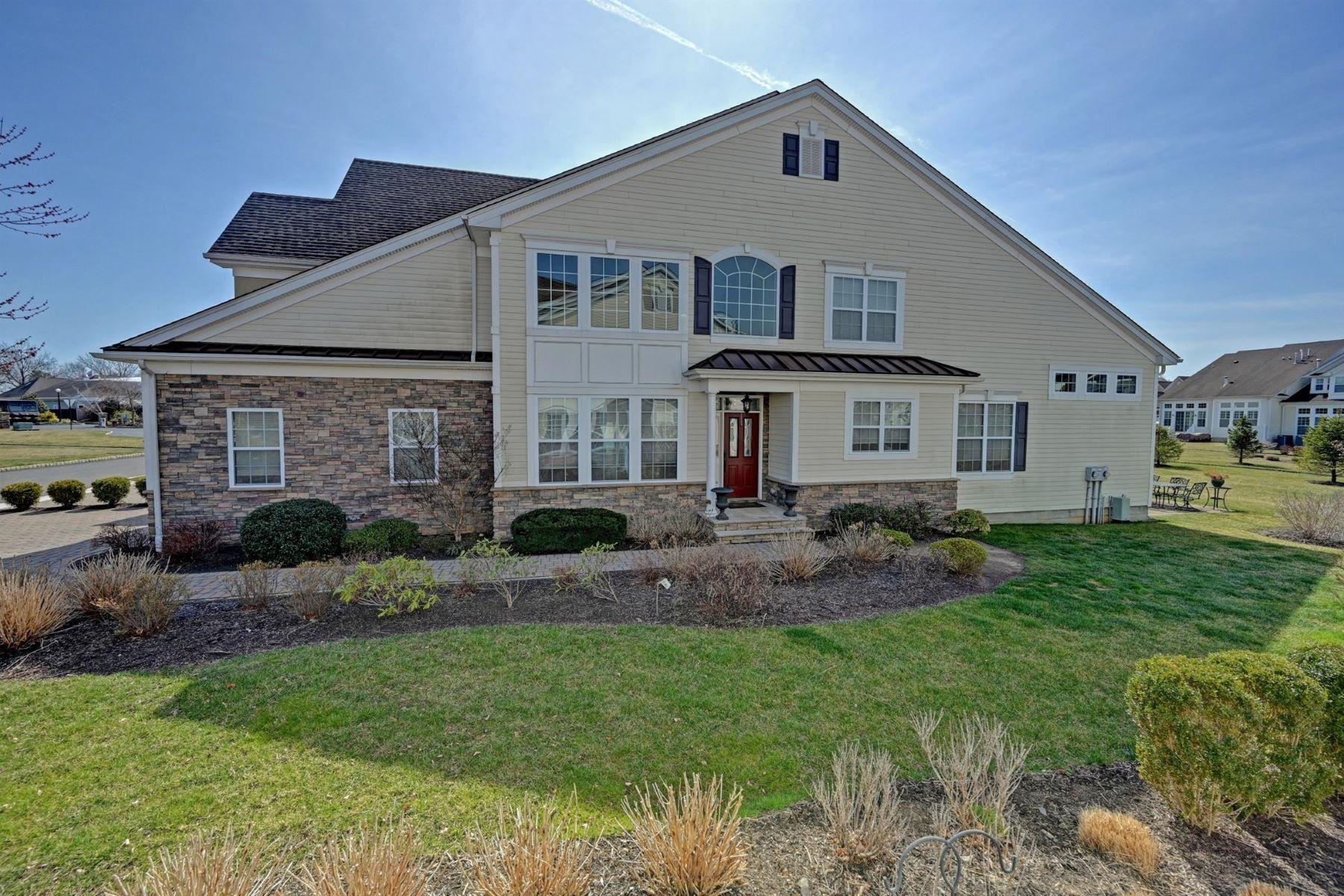 Condominiums 为 销售 在 Greenbriar Falls Townhome 29 Aspen Ln, 廷顿瀑布市, 新泽西州 07724 美国