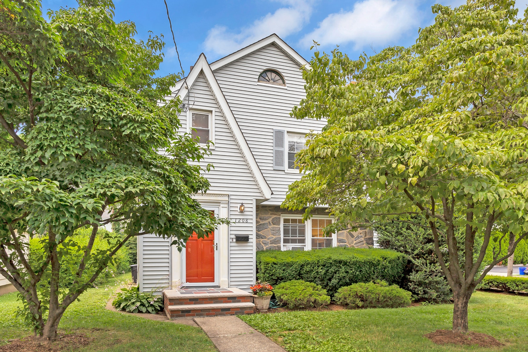 Single Family Homes for Sale at Charming Colonial 1208 Broad Street Bloomfield, New Jersey 07003 United States