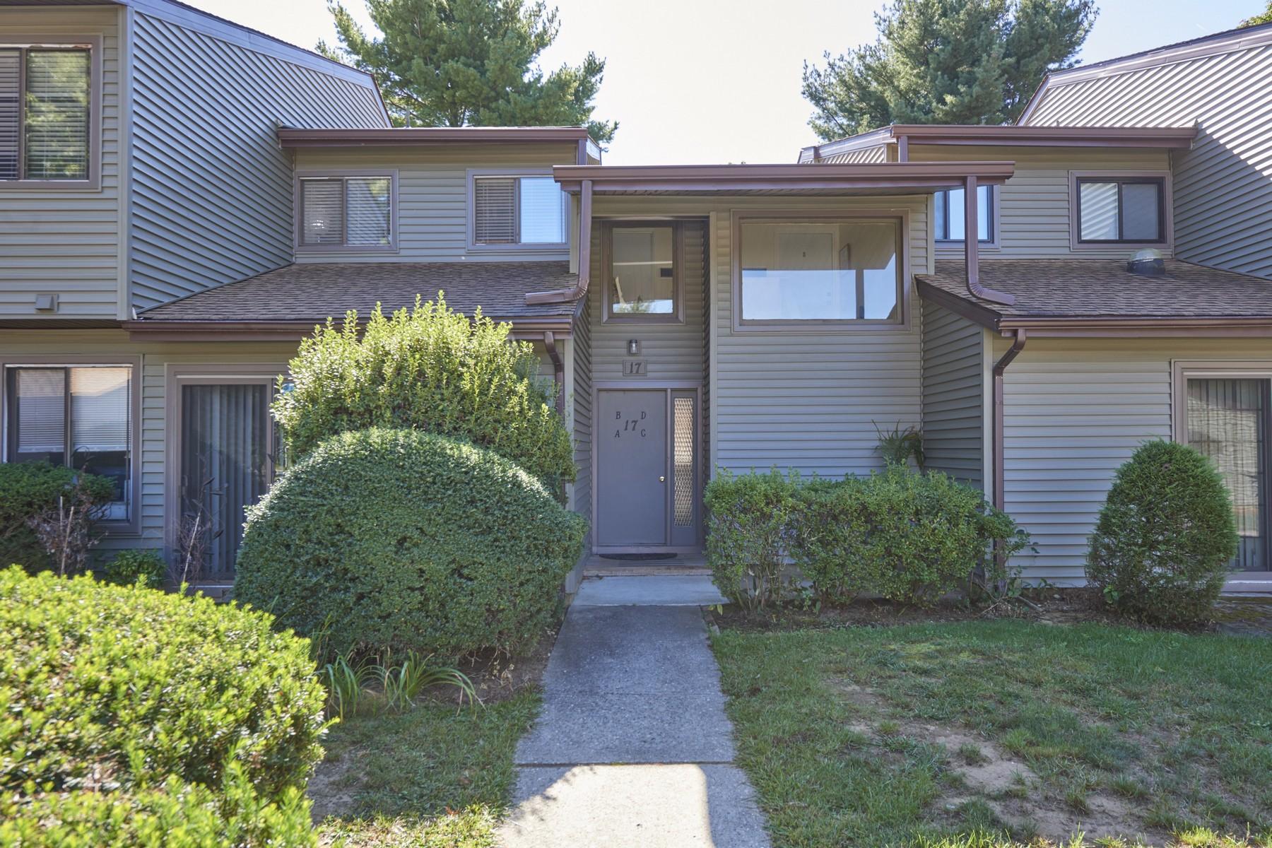 Condominiums 为 销售 在 雷德班克, 新泽西州 07701 美国