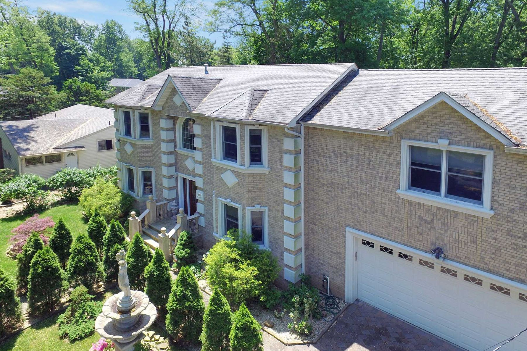 Single Family Homes for Active at Custom Built 95 Knickerbocker Road Demarest, New Jersey 07627 United States