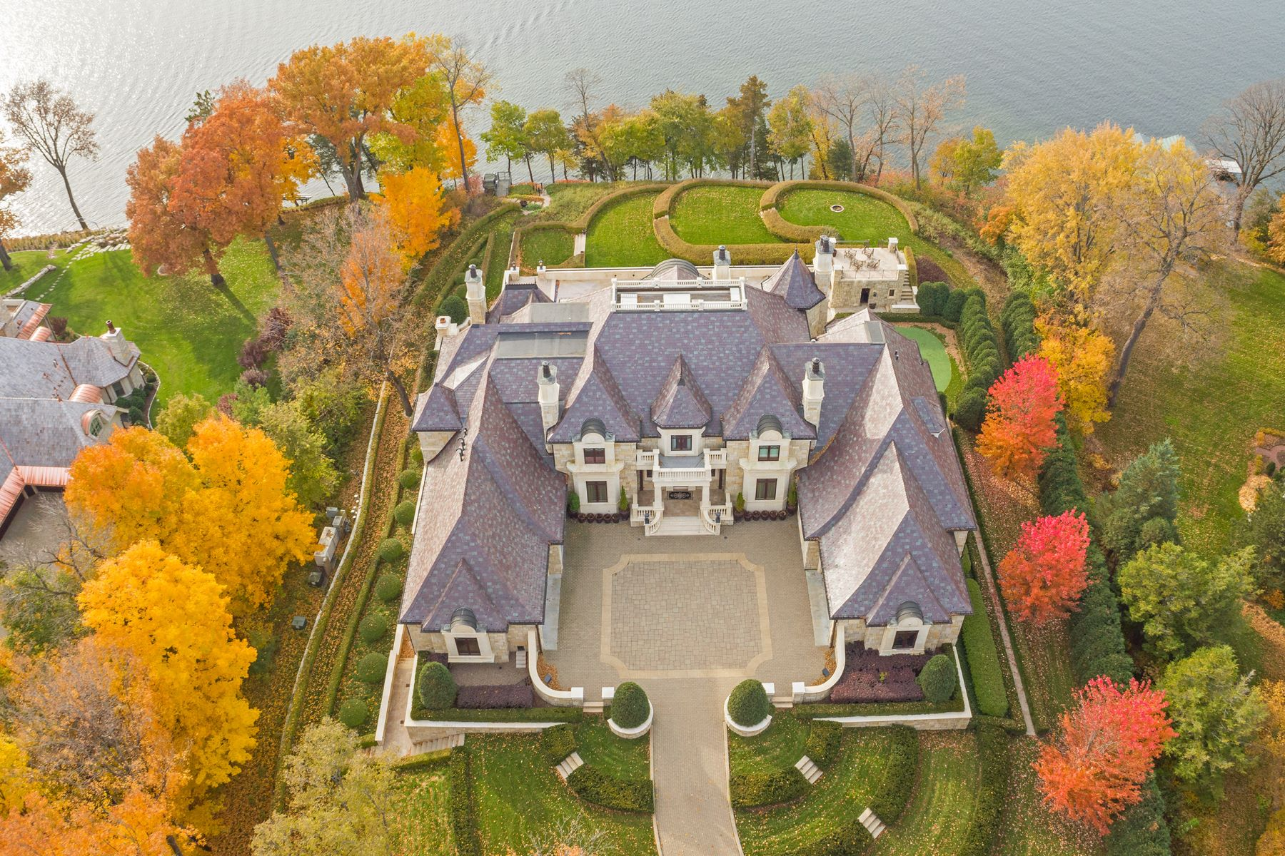 Single Family Homes for Sale at Unrivaled Lake Minnetonka Estate 3770 Northome Road Deephaven, Minnesota 55391 United States