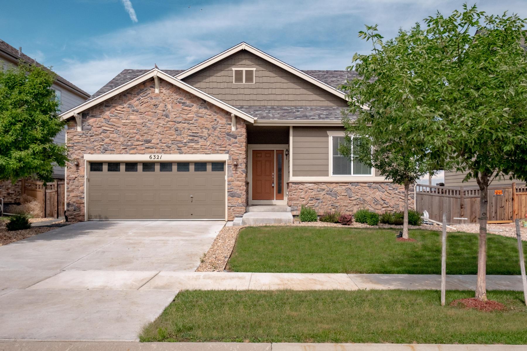 Single Family Homes 為 出售 在 Aurora, 科羅拉多州 80019 美國