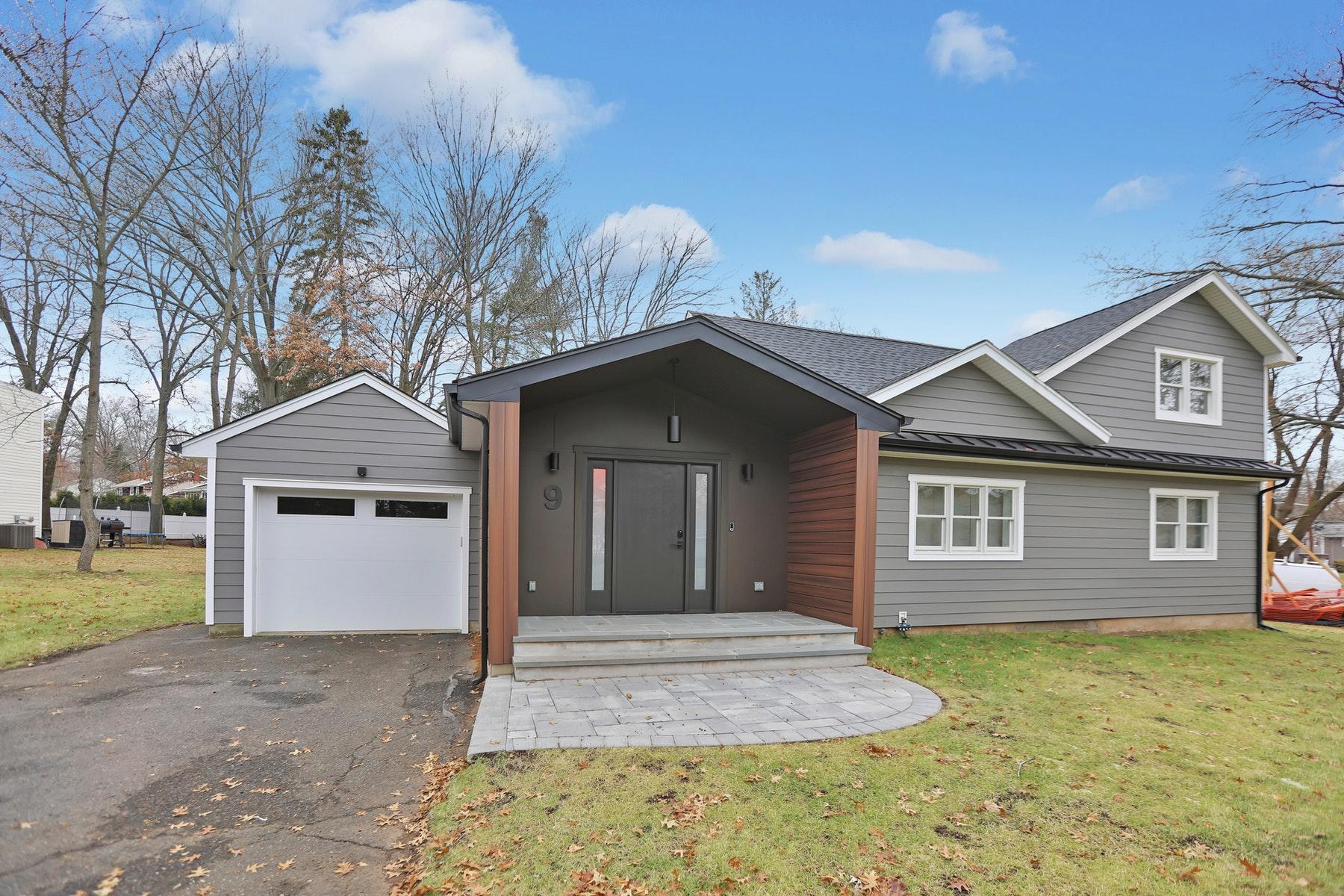 Other Residential Homes для того Продажа на Demarest, Нью-Джерси 07627 Соединенные Штаты