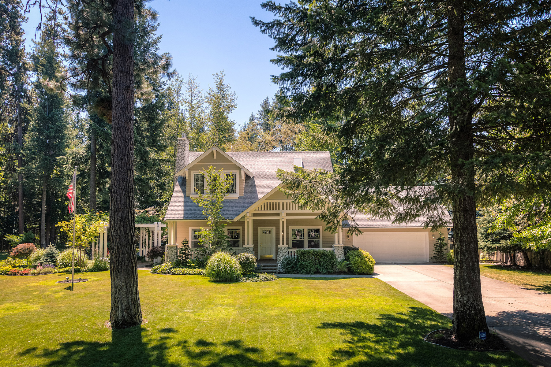 Moradia para Venda às Hayden Extraordinary Lifestyle Home 1800 E Hayden Ave Hayden Lake, Idaho, 83835 Estados Unidos