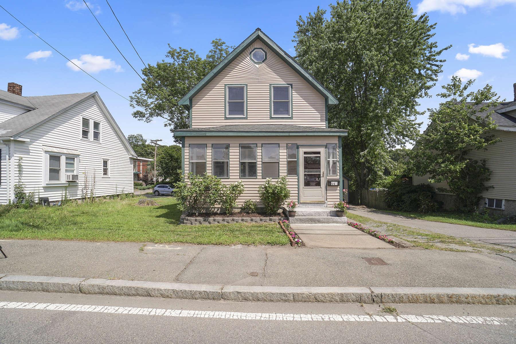 Single Family Homes for Sale at 441 N Franklin St Holbrook, Massachusetts 02343 United States
