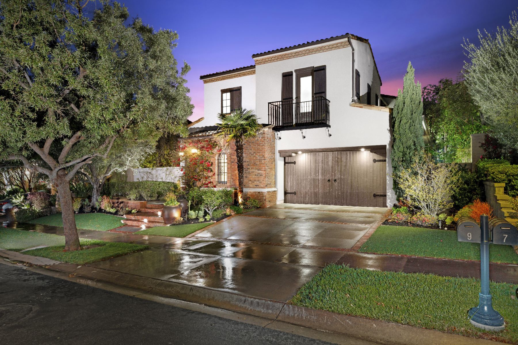 Single Family Homes for Active at 9 Observatory, Newport Coast, CA 92657 9 Observatory Newport Coast, California 92657 United States