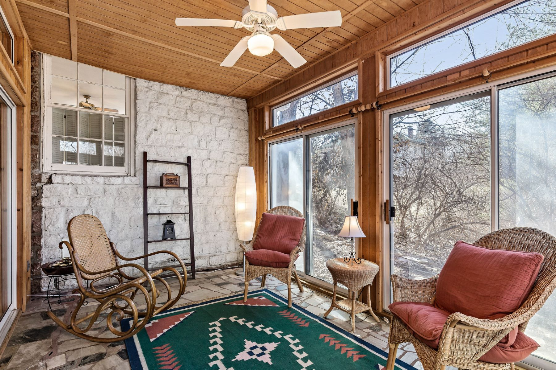 Additional photo for property listing at Beautiful Stone House in Ladue 9117 Clayton Road Ladue, Missouri 63124 United States