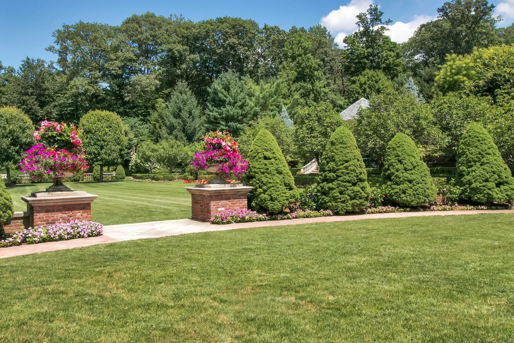 Additional photo for property listing at Timeless Grandeur 887 Closter Dock Road Alpine, Nueva Jersey 07620 Estados Unidos