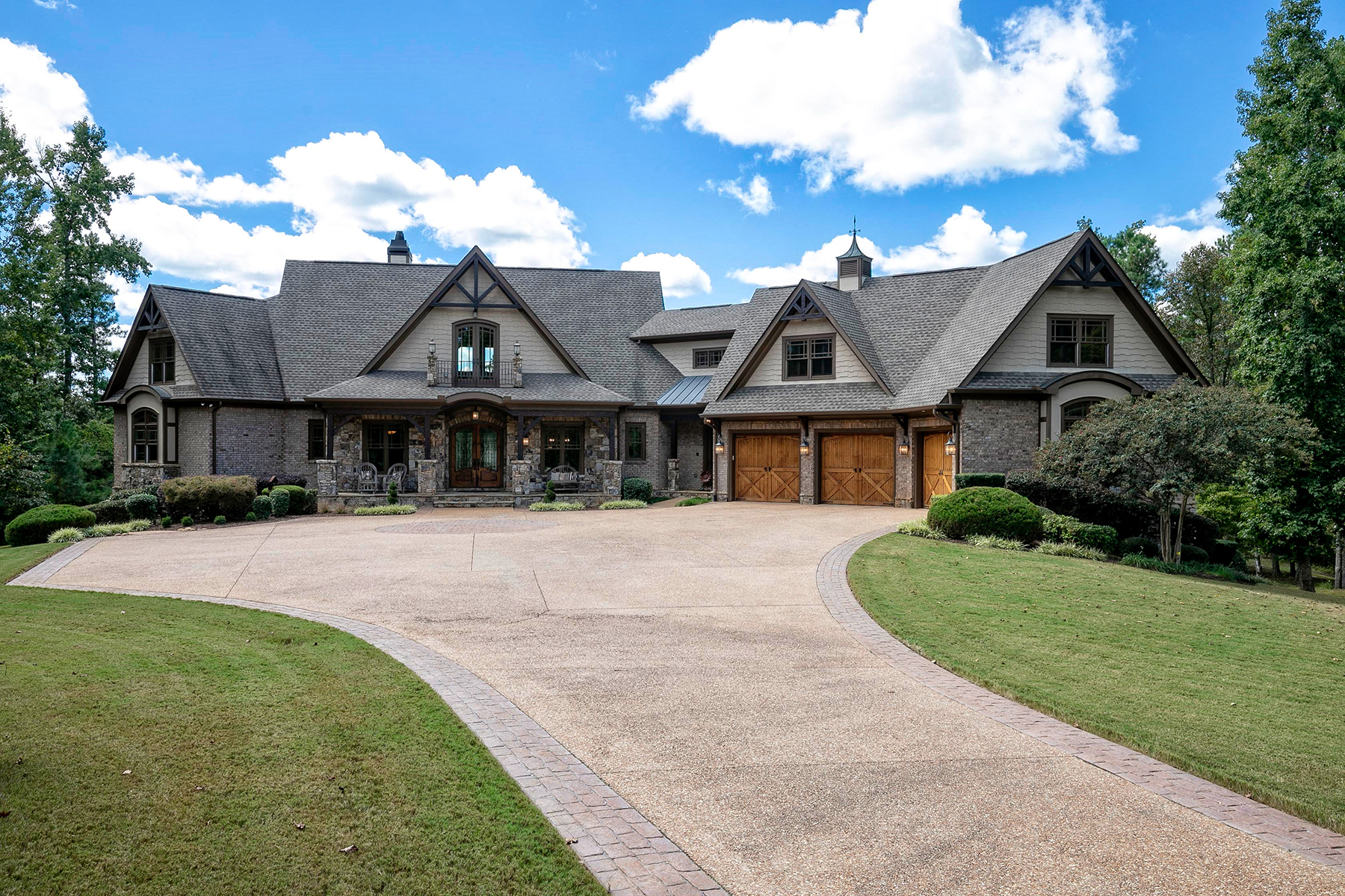 Single Family Homes for Active at Entertainers Dream - Not Far From The City Lights 6125 Tyree Road Winston, Georgia 30187 United States