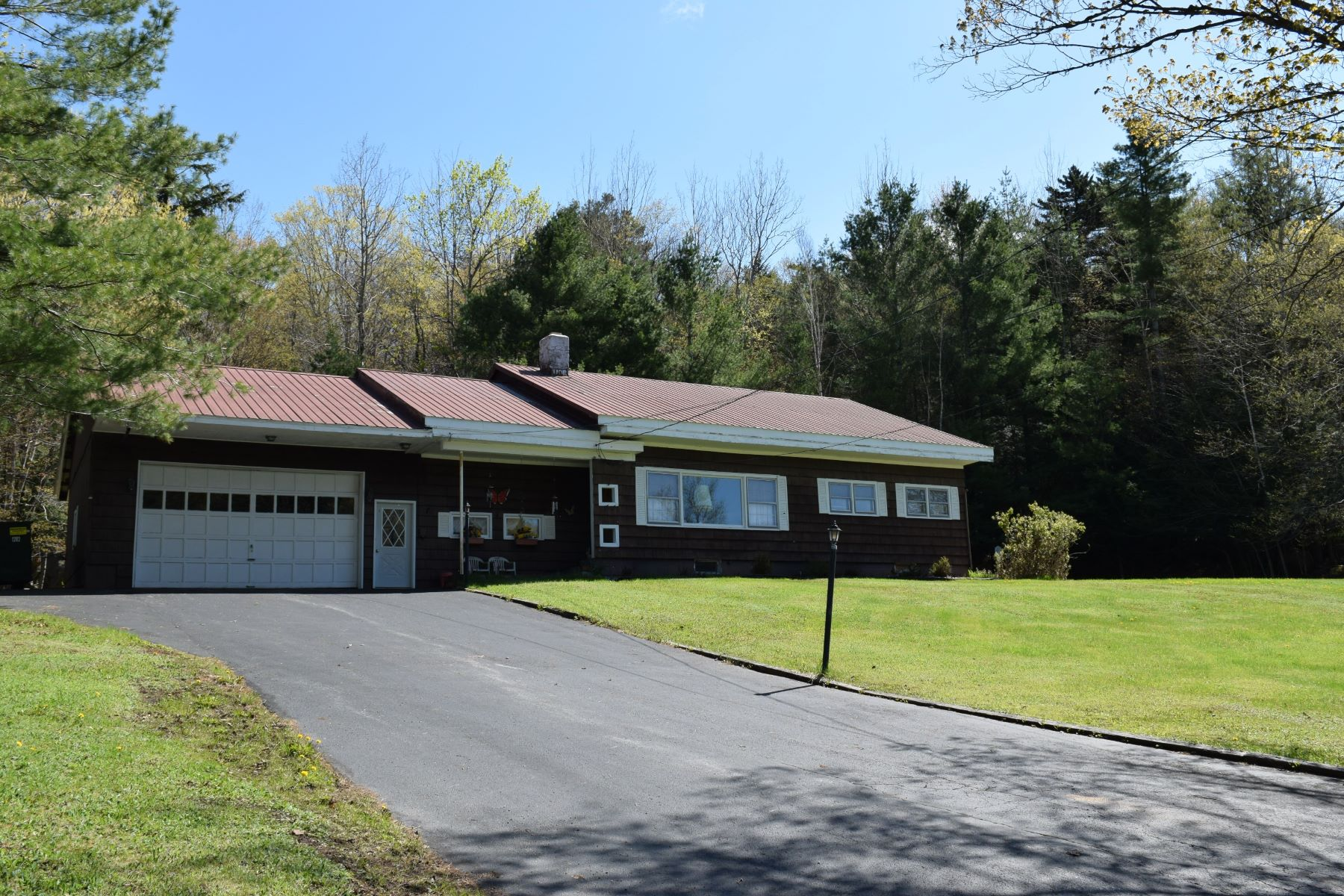Additional photo for property listing at In Town Home on a Large Lot 225 State Route 28 Inlet, New York 13361 United States