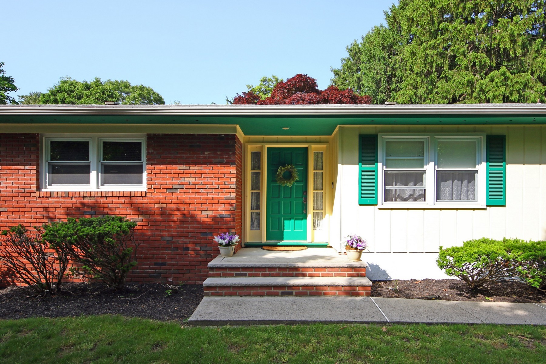 single family homes pour l Vente à 164 Van Brackle Rd., Aberdeen 164 Van Brackle Road, Aberdeen, New Jersey 07747 États-Unis