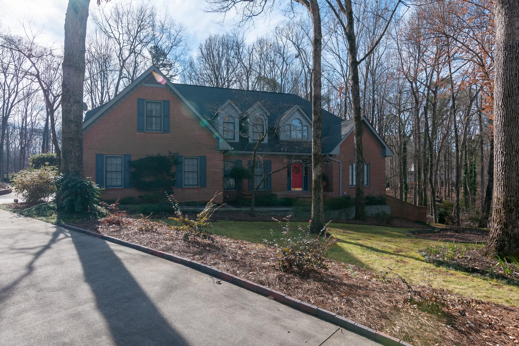 단독 가정 주택 용 매매 에 Exceptional Home 545 Emerald Lake Drive, Fayetteville, 조지아, 30215 미국