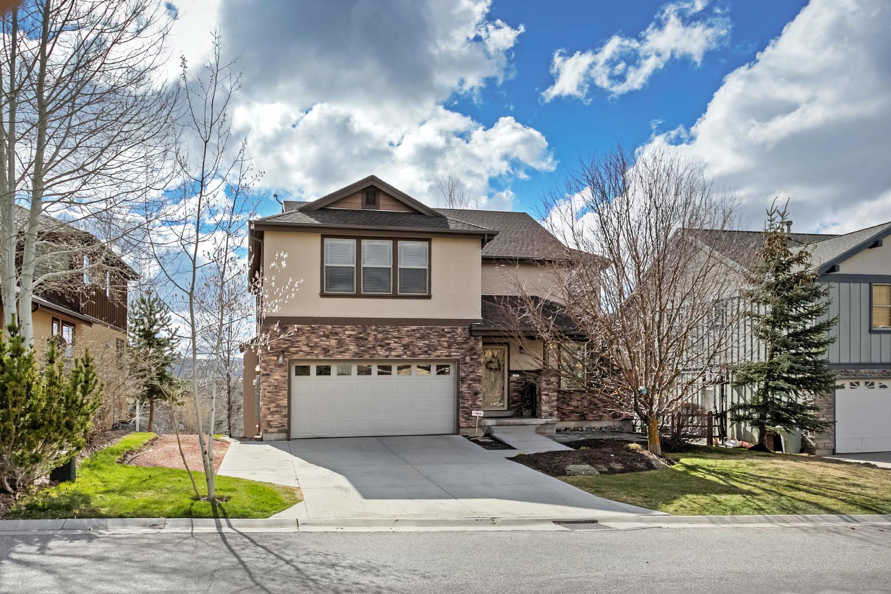 Tek Ailelik Ev için Satış at Family Friendly Value in a Wonderful Community! 5986 N Fairview Dr Park City, Utah, 84098 Amerika Birleşik Devletleri