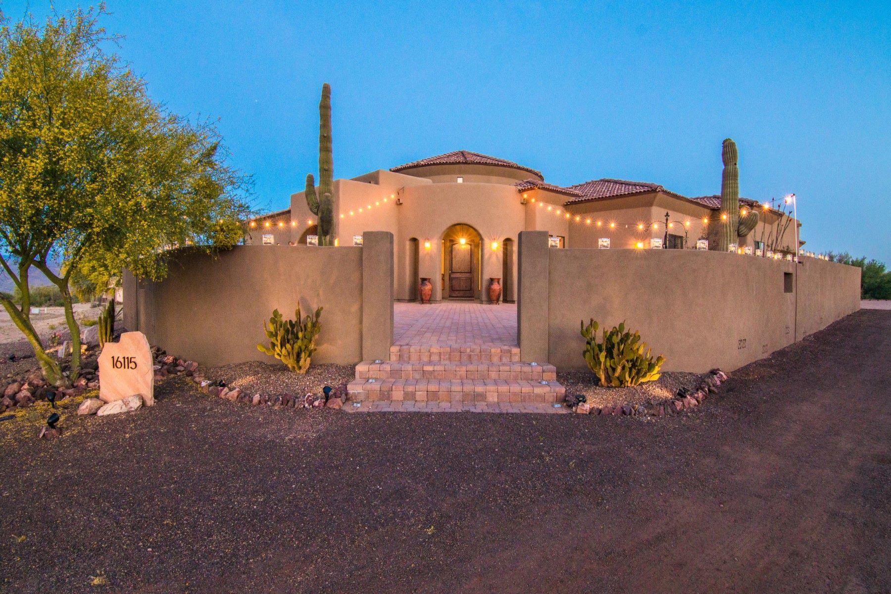 Casa para uma família para Venda às Stunning soft southwestern retreat in the heart of Rio Verde Foothills 16115 E Bobwhite Way Scottsdale, Arizona, 85262 Estados Unidos