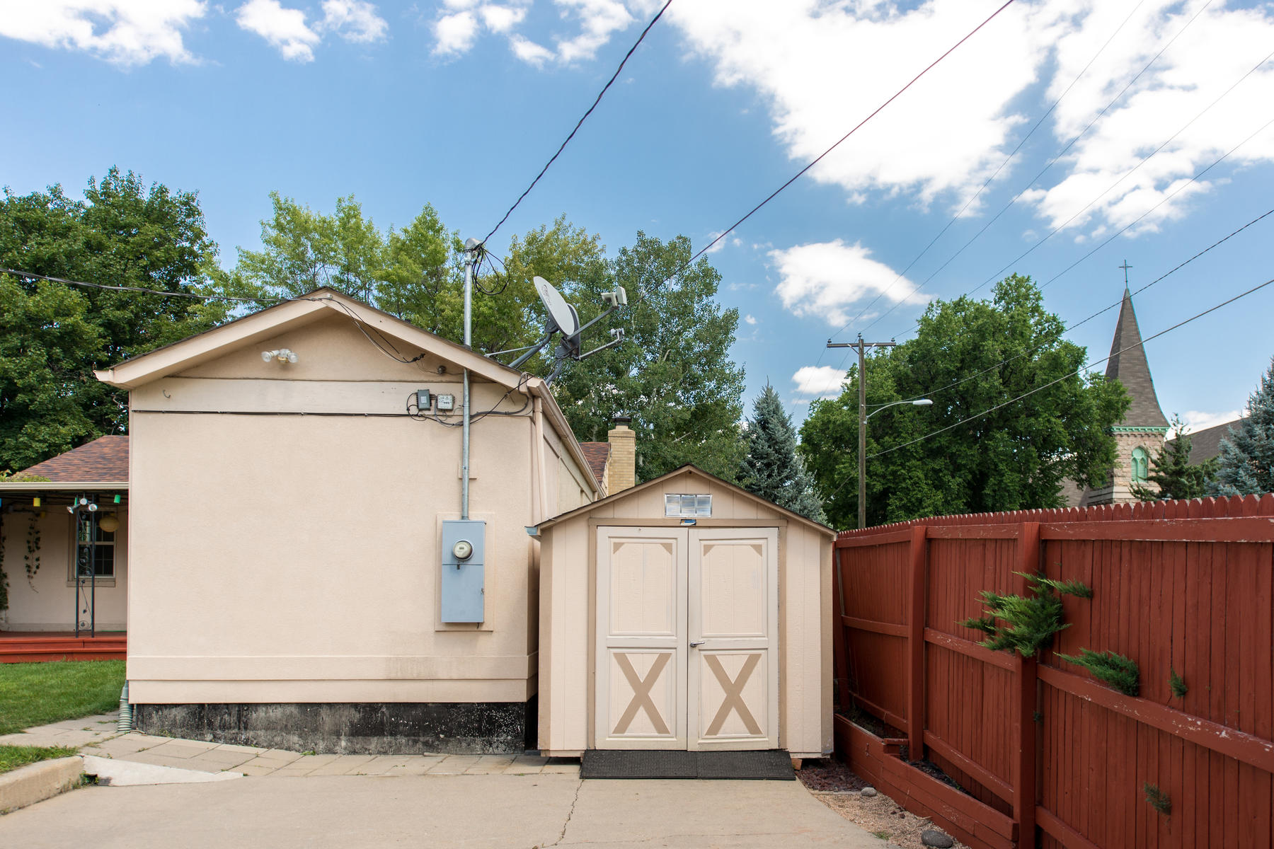 Additional photo for property listing at 1301 Poplar Street 1301 Poplar Street Denver, Colorado 80220 United States