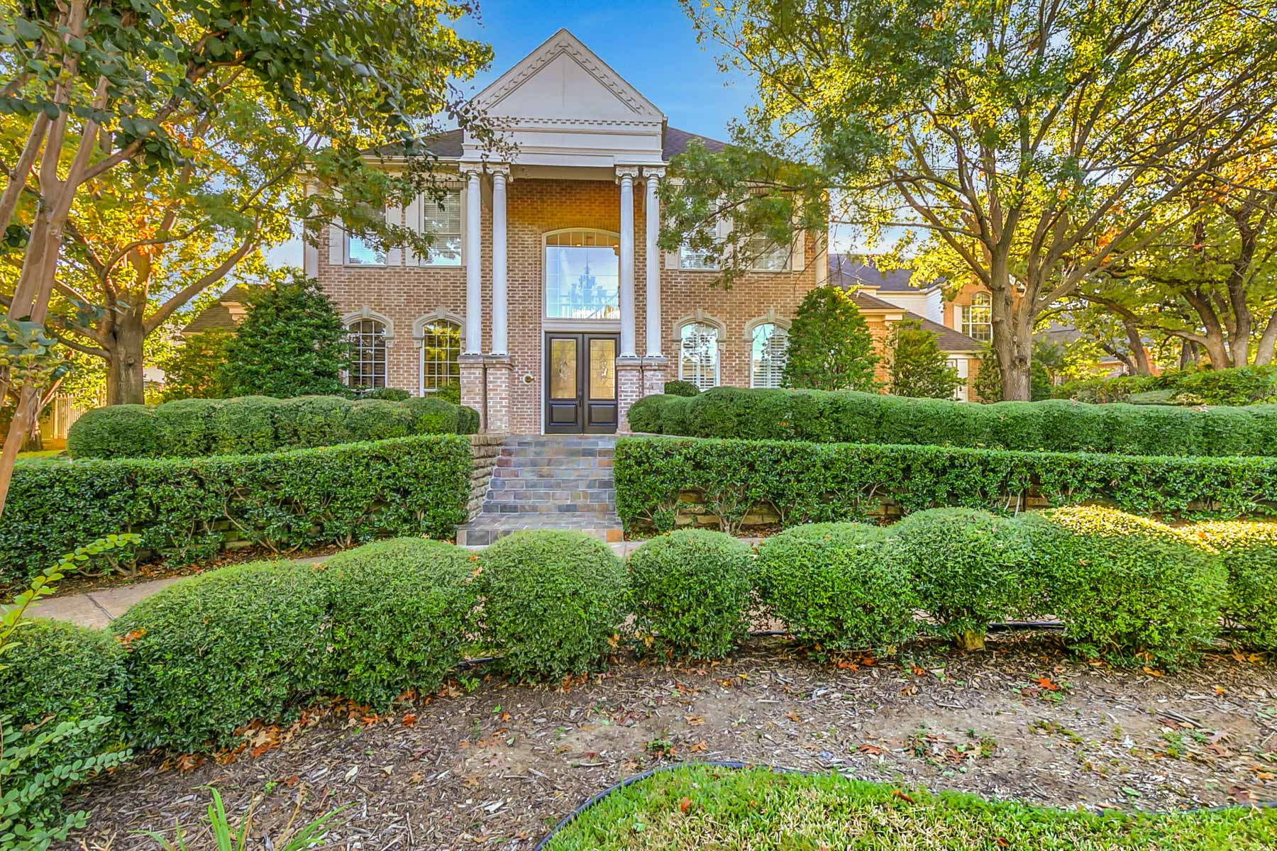 Single Family Home for Sale at Prestigious Colleyville Colonial 3103 Eastonbury Court Colleyville, Texas 76034 United States