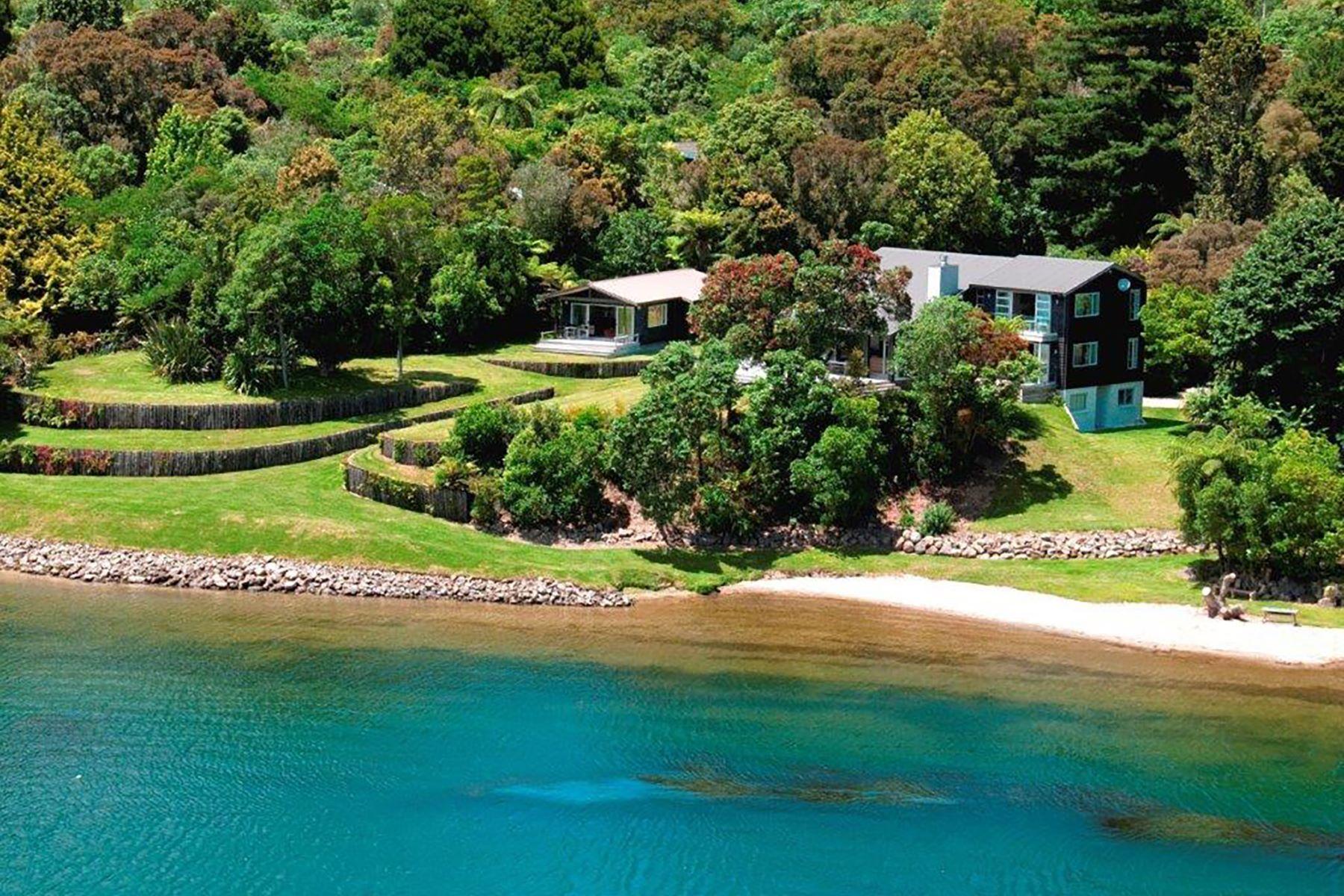 Single Family Homes por un Venta en 11 Morehu Road, Lake Rotoehu 11 Morehu Road Rotoiti Forest Rotorua, Bahía De Un Montón 3074 Nueva Zelanda