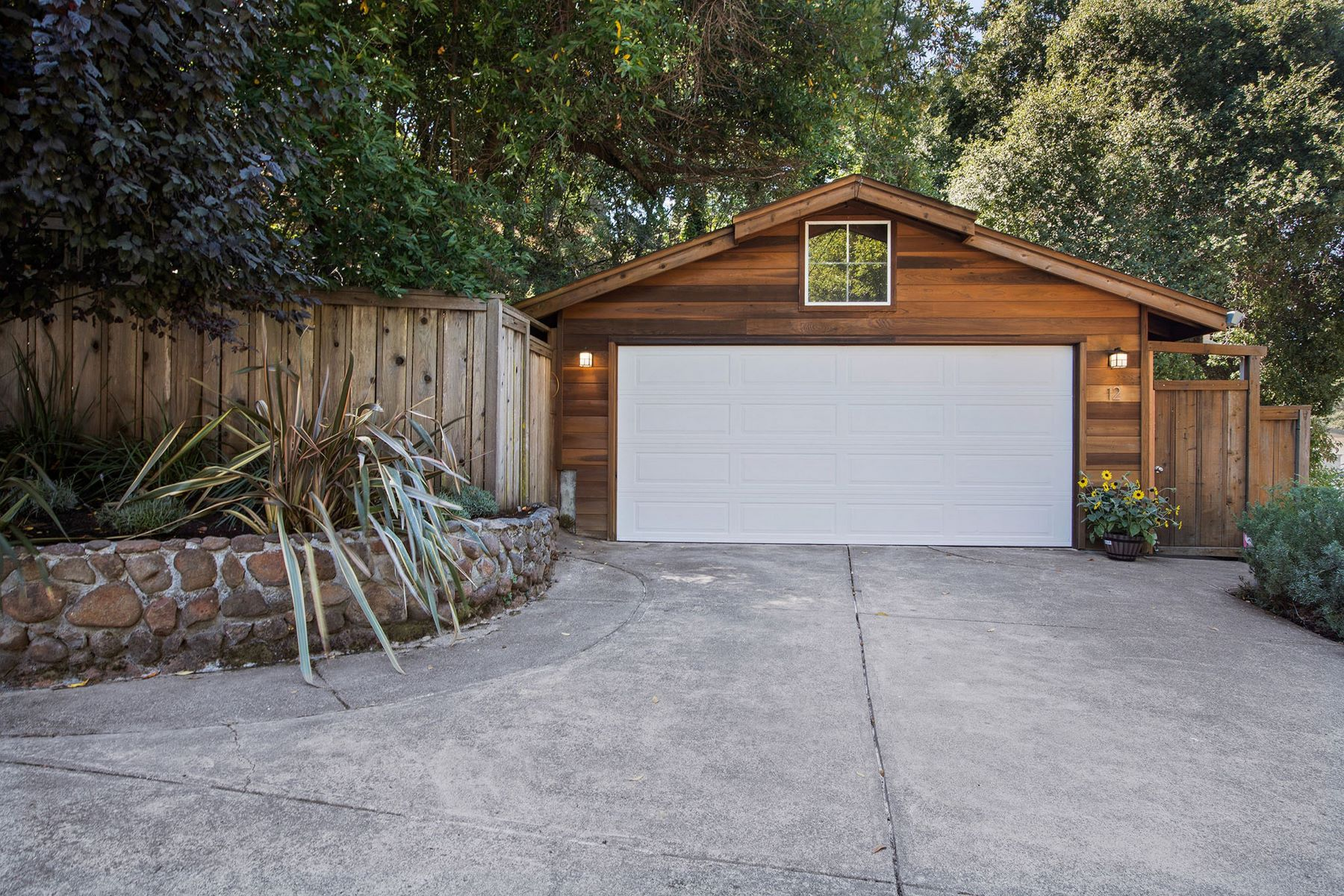 Single Family Homes for Sale at Charming San Anselmo Cottage in Garden Setting 12 Berkeley Avenue San Anselmo, California 94960 United States