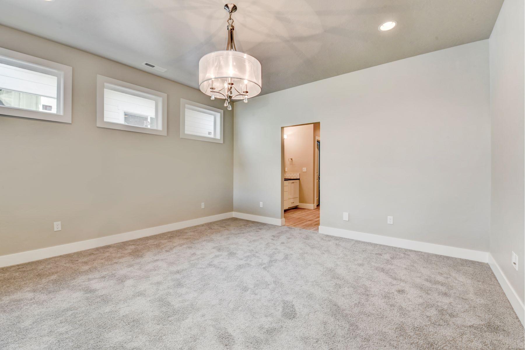 Additional photo for property listing at 4299 Farm View Dr, Boise 4299 W Farm View Dr Boise, Idaho 83714