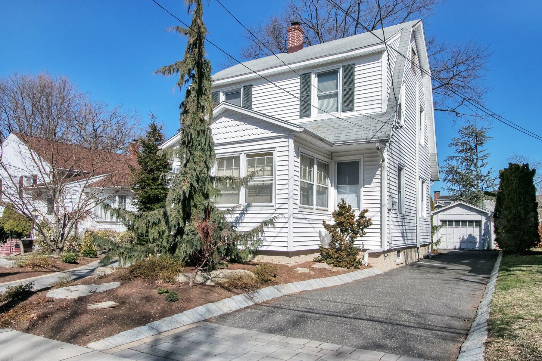 独户住宅 为 销售 在 Dumont Gem 56 W Linden Ave, 杜蒙特, 新泽西州 07626 美国
