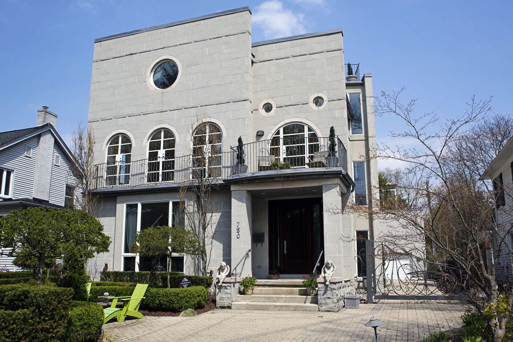 独户住宅 为 销售 在 Birmingham 750 Hazelwood Street 伯明翰, 密歇根州, 48009 美国