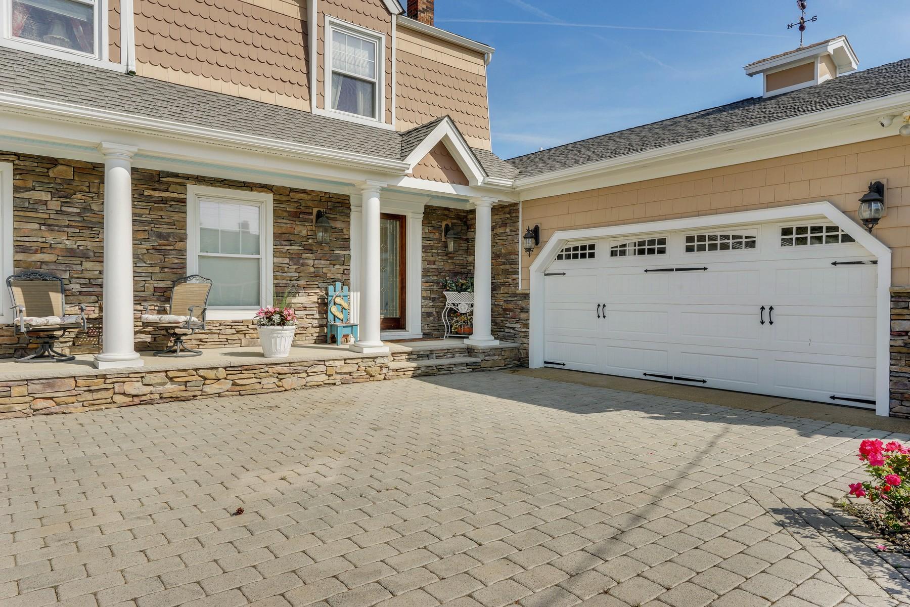 Additional photo for property listing at Bayfront Beauty 209 Curtis Point Drive, Brick, Нью-Джерси 08738 Соединенные Штаты