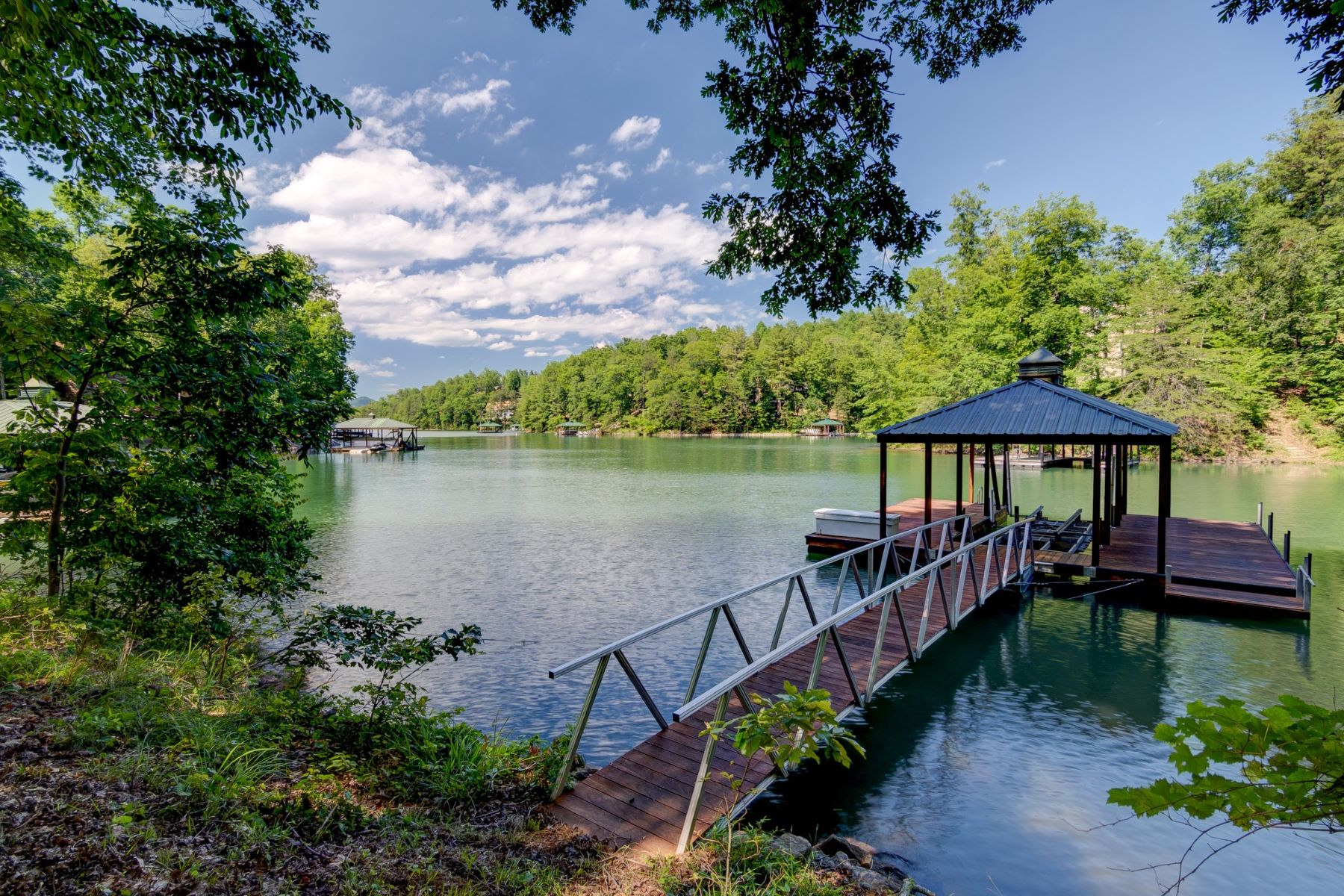 Terreno por un Venta en Waterfront Lot with Mtn Views! CKS 1-92, Six Mile, Carolina del Sur 29682 Estados Unidos