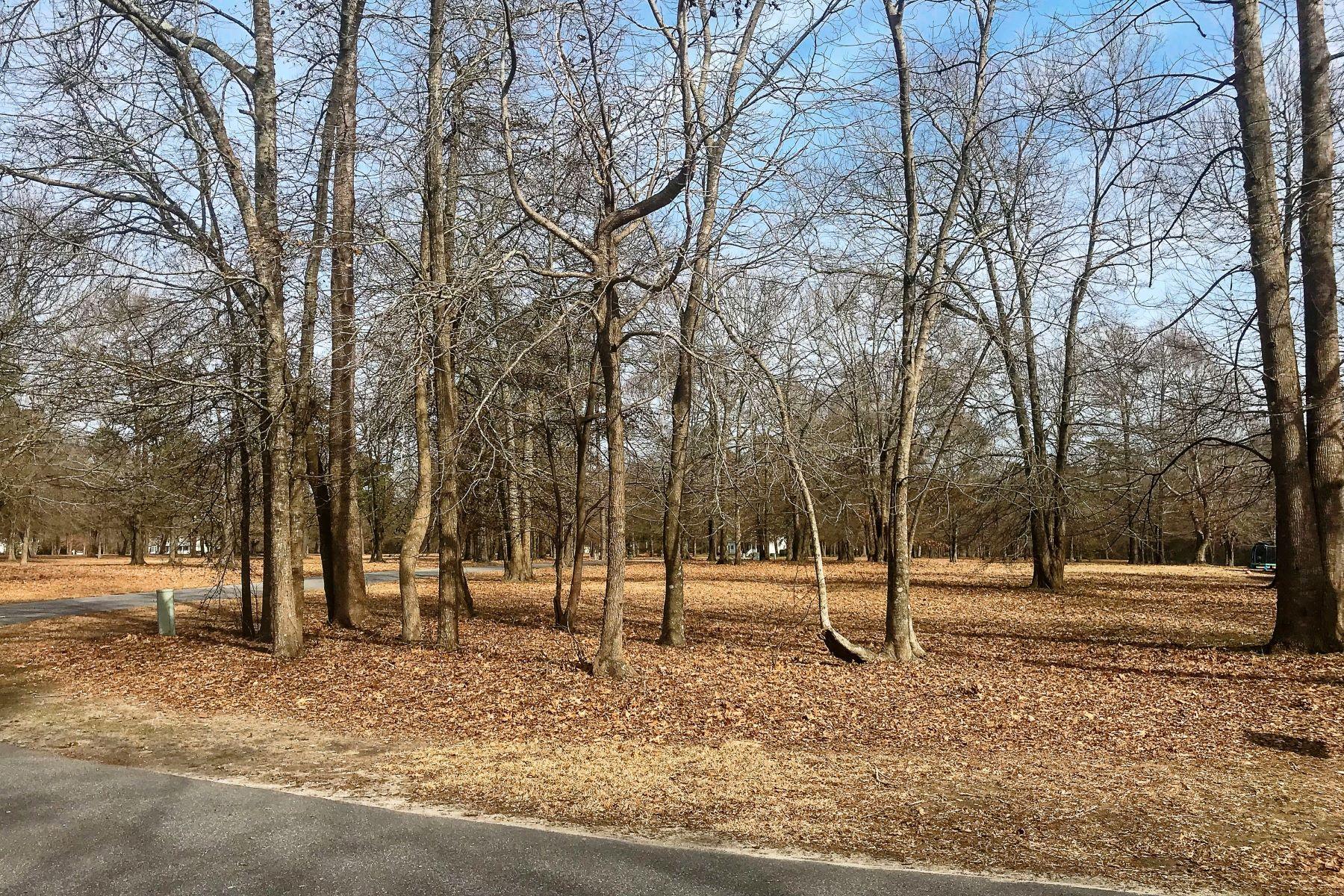 Land for Sale at CORNER LOT AT EDENTON BAY PLANTATION 200 Heritage Pt Dr Edenton, North Carolina 27932 United States