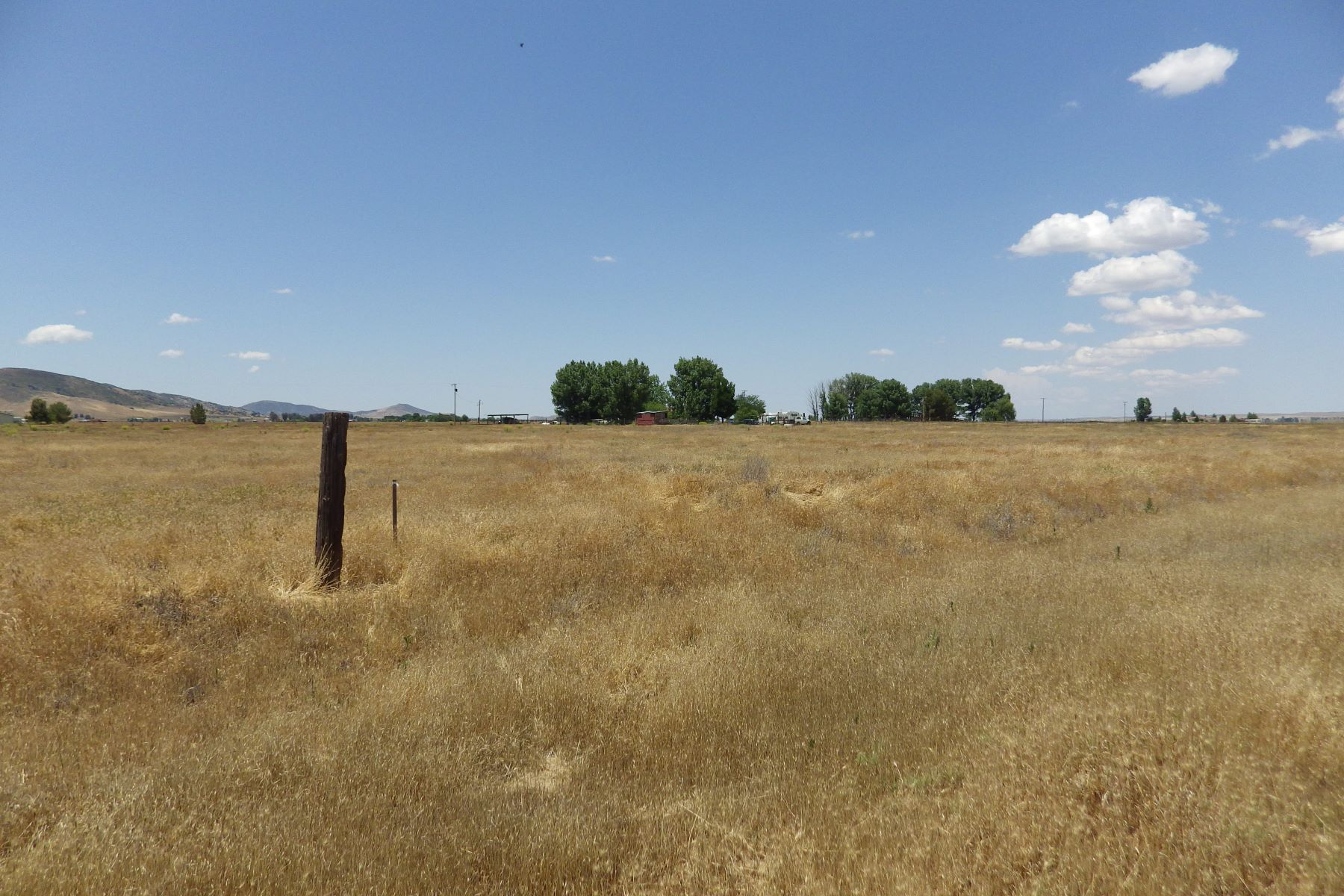 Land for Sale at Level Lot Diablo Road Santa Margarita, California 93453 United States