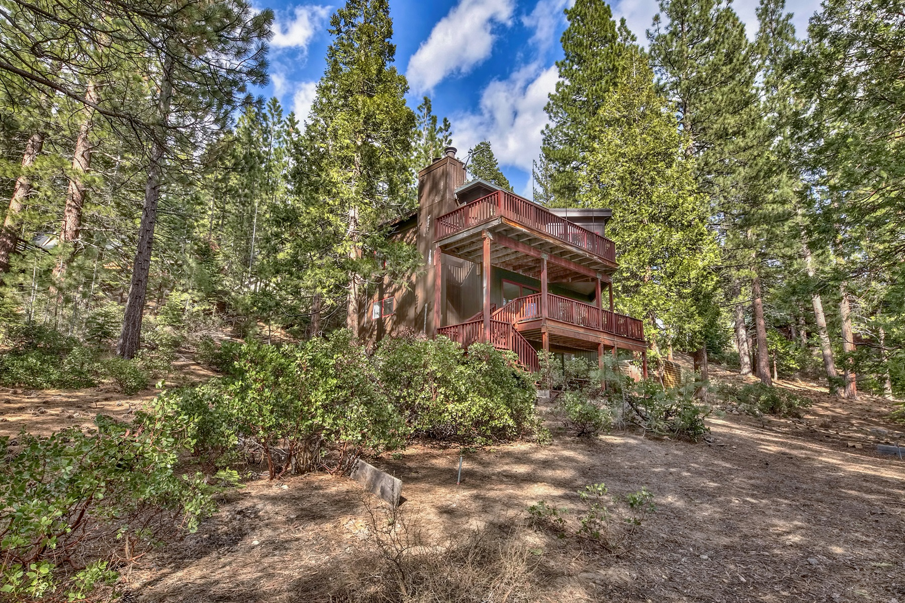 Single Family Homes por un Venta en 521 Sugarpine Drive, Incline Village, Nevada 521 Sugarpine Drive Incline Village, Nevada 89451 Estados Unidos