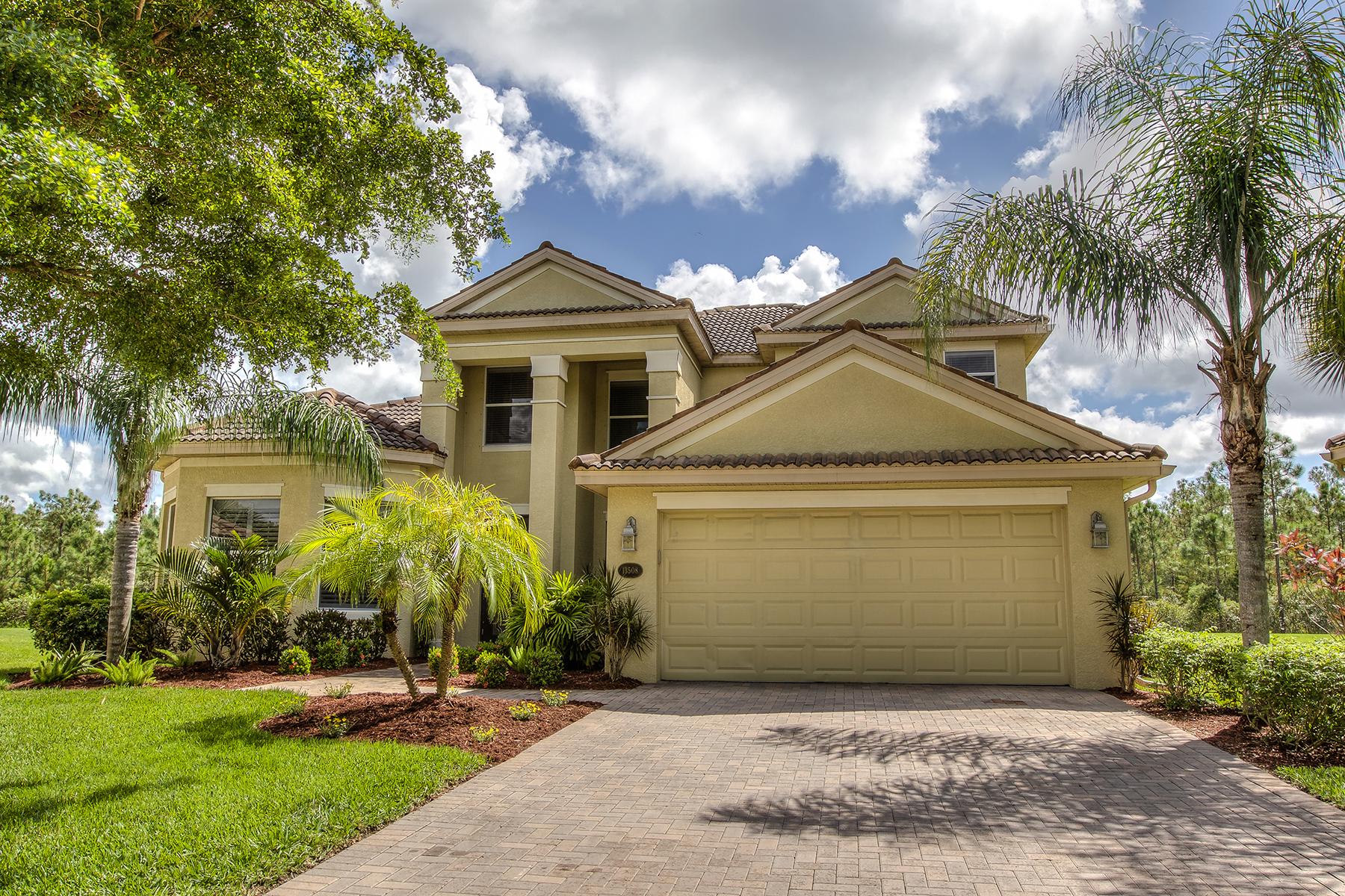 Single Family Homes für Verkauf beim 13508 Loreo Court, Estero, Florida 33928 Vereinigte Staaten