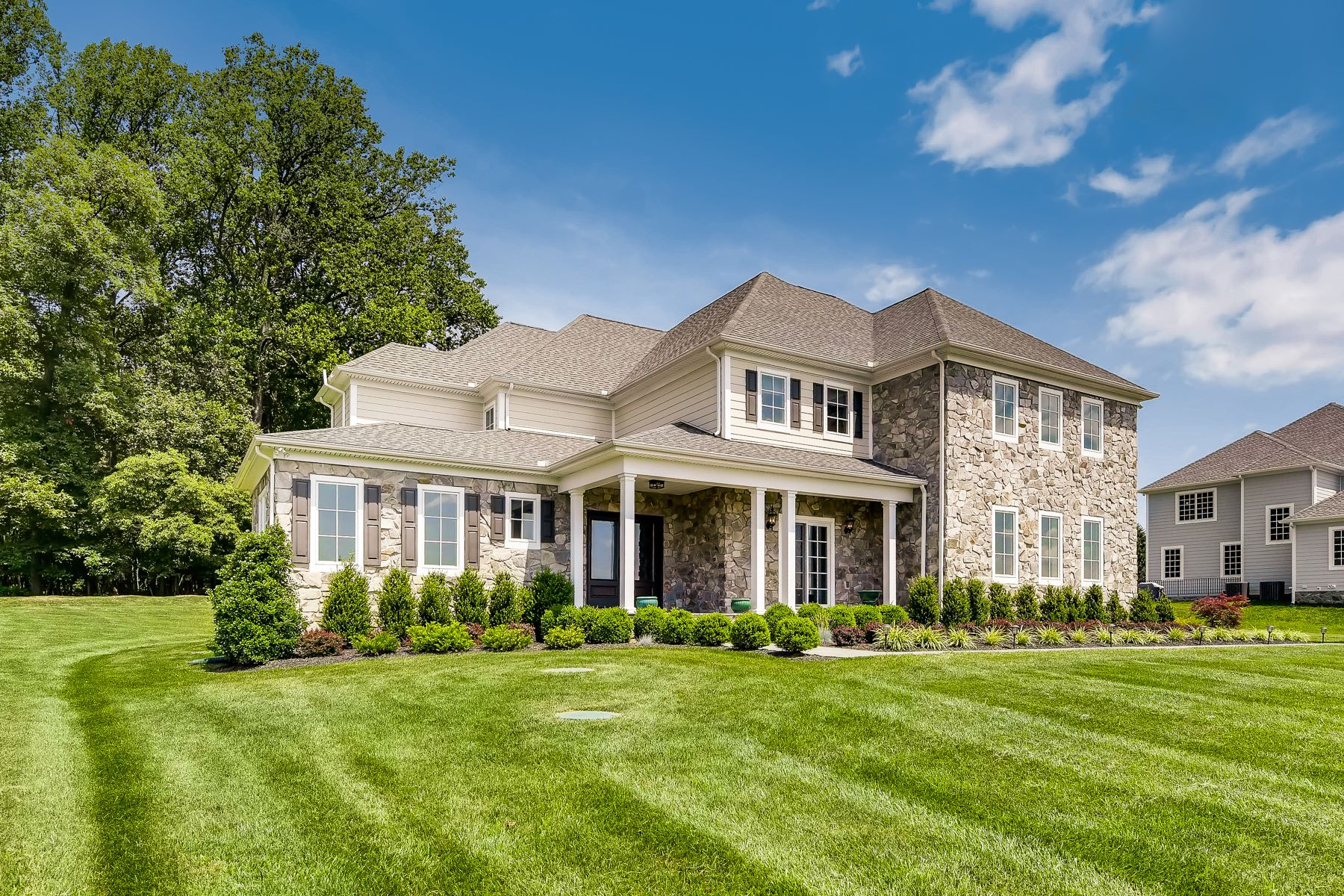 Single Family Homes for Sale at Phoenix 13308 Brighton View Court Phoenix, Maryland 21131 United States