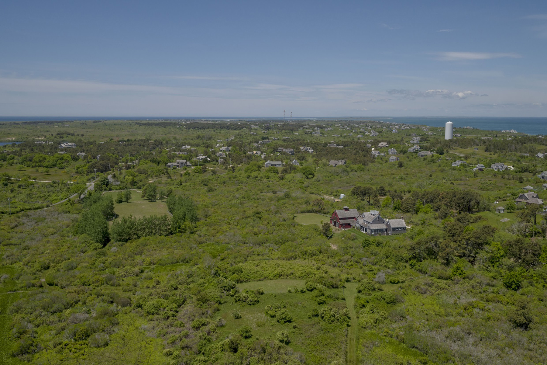 Vivienda unifamiliar por un Venta en Spectacular - Nearly 10 Acre Estate 1 West Chester Street Extension, Nantucket, Massachusetts, 02554 Estados Unidos